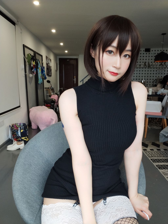 Black hip wrap dress013