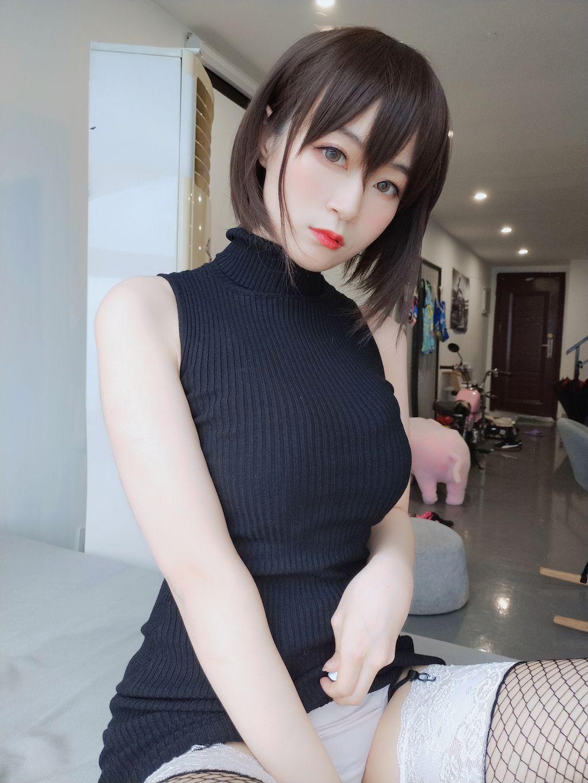 Black hip wrap dress020