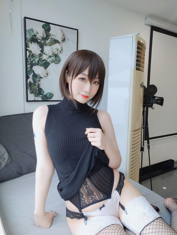 Black hip wrap dress035