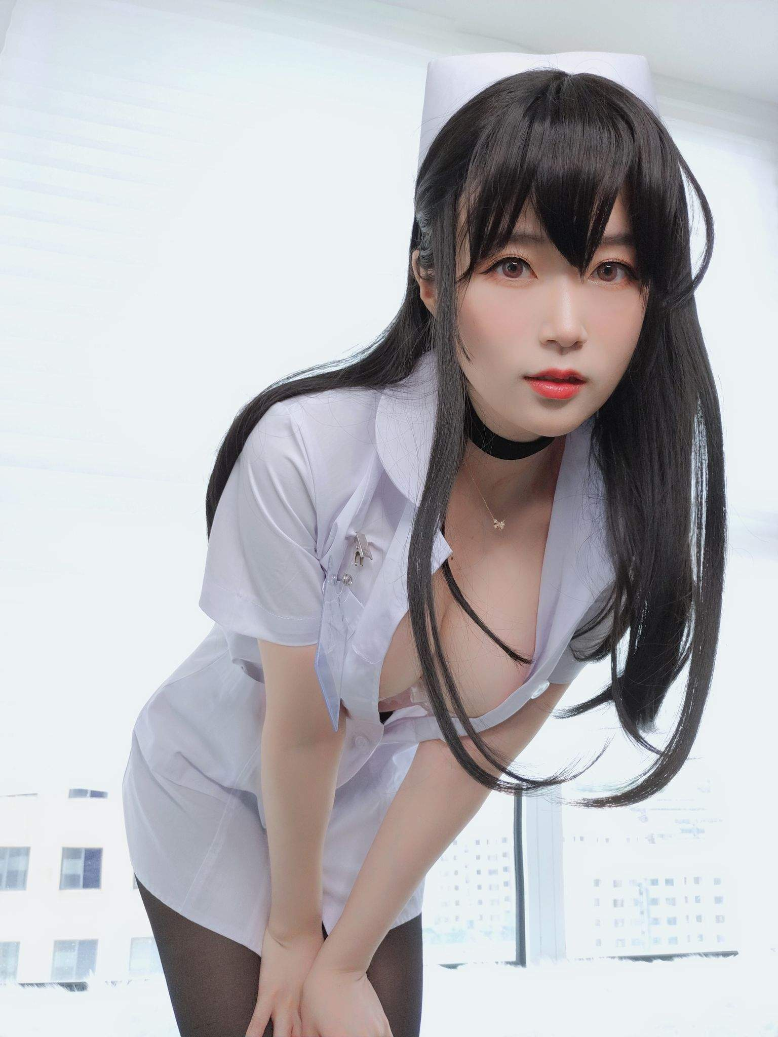 Nurse with long hair027