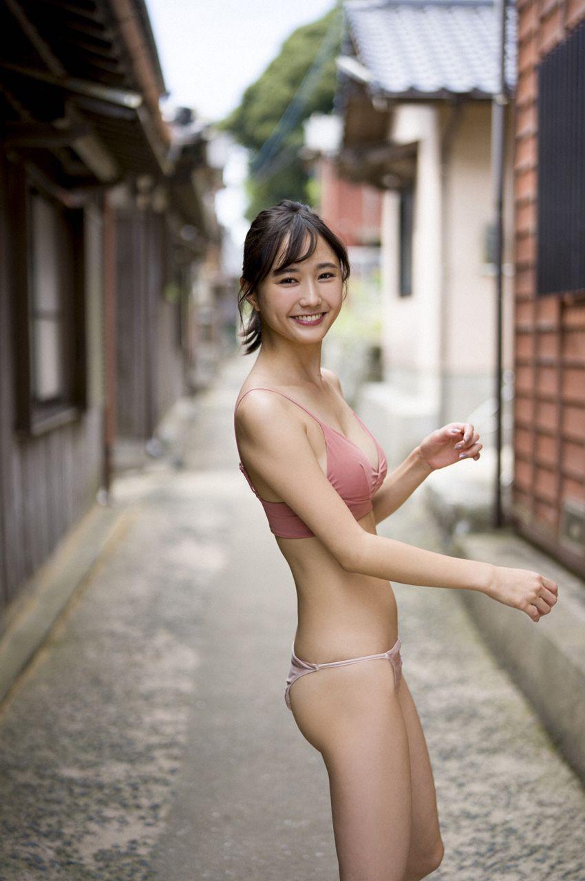 yunaSuzukistimeiscoming age010