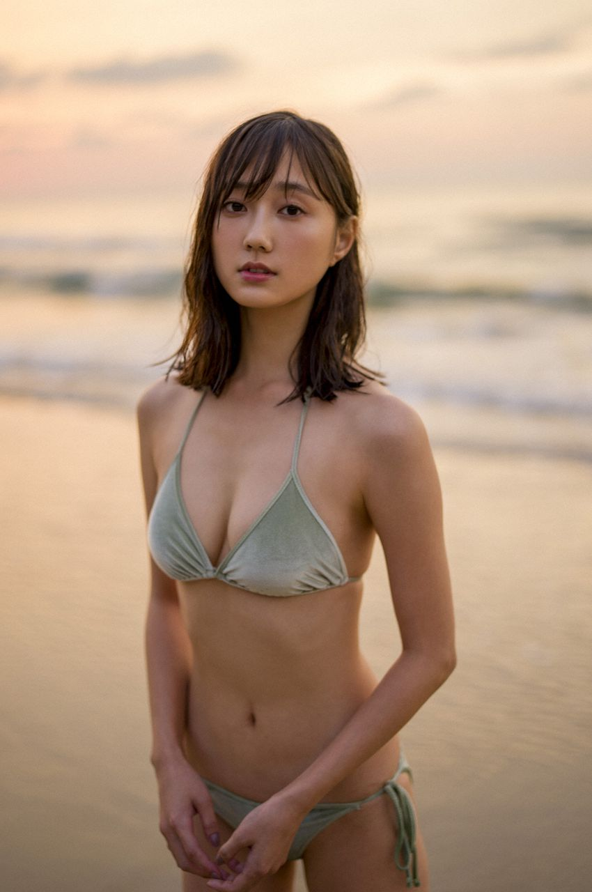 yunaSuzukistimeiscoming age064