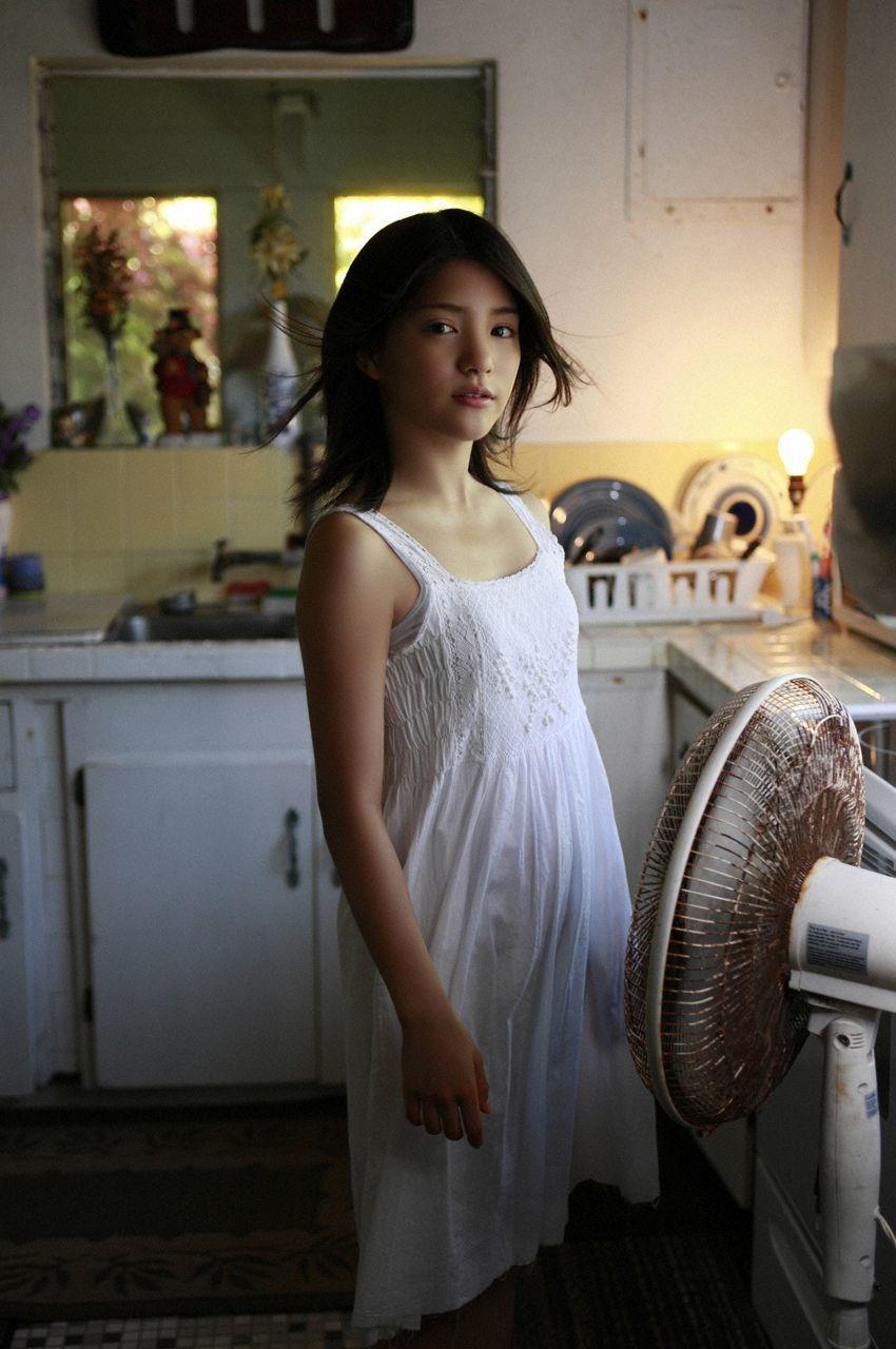Everything about a 15 year old girlUmika Kawashima 026