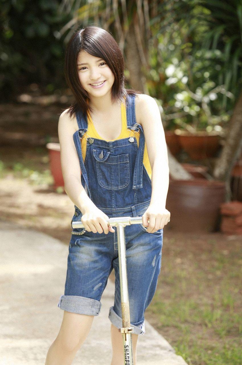 Everything about a 15 year old girlUmika Kawashima 111