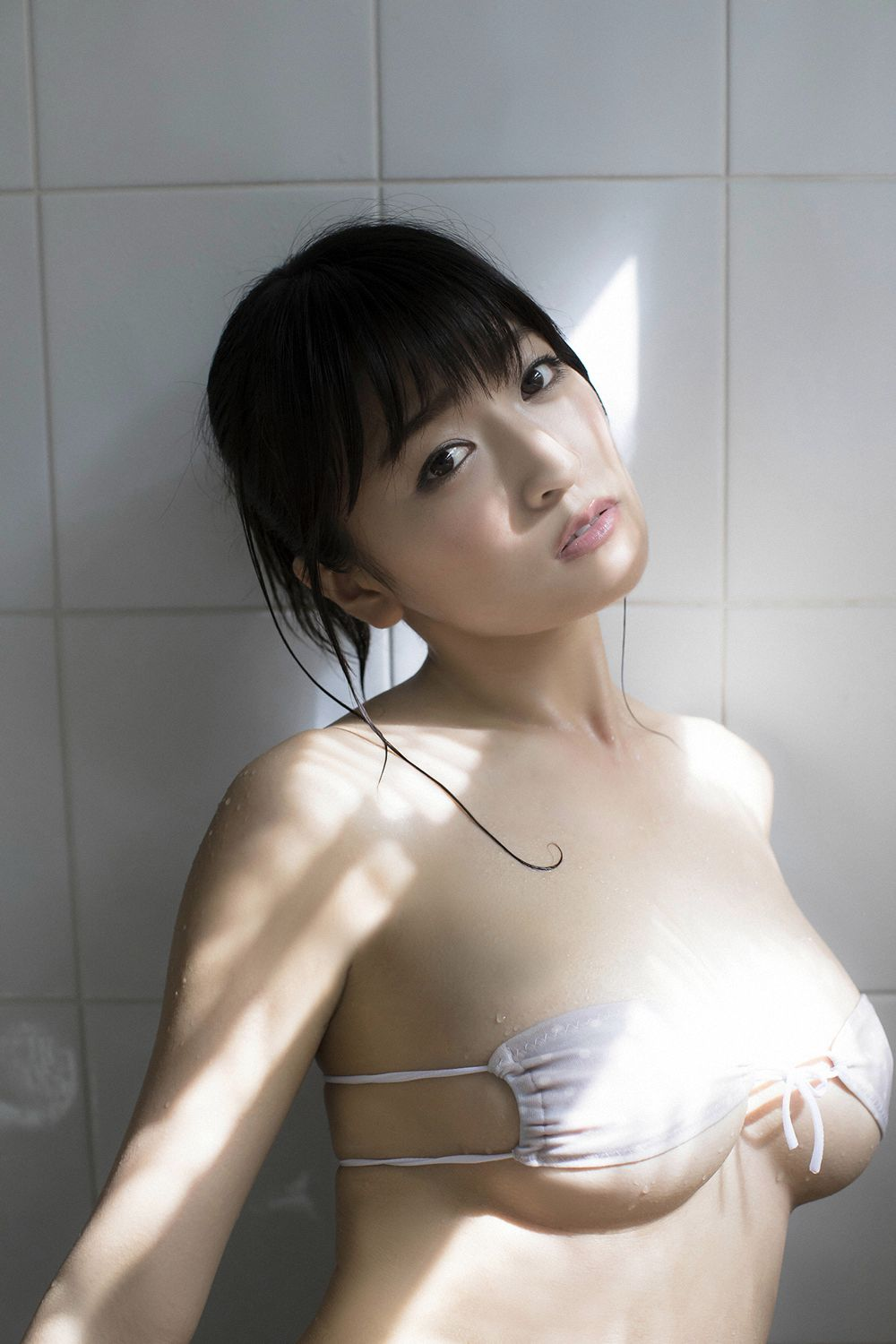 This is a girl with big tits who wants to be a popular girl088