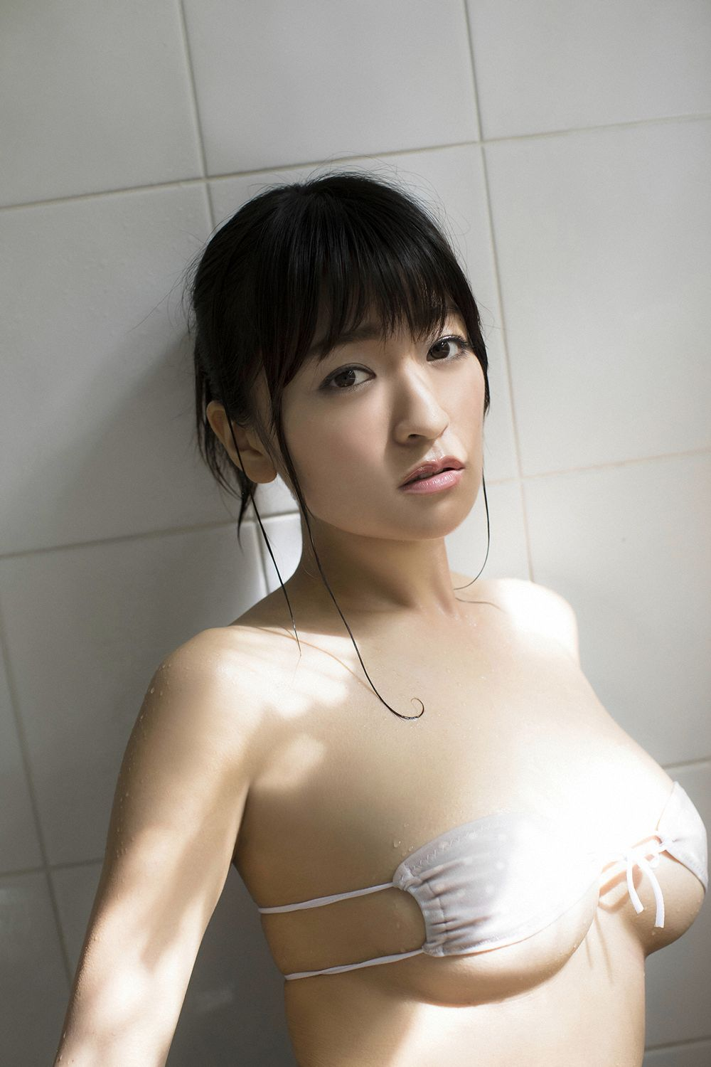 This is a girl with big tits who wants to be a popular girl089