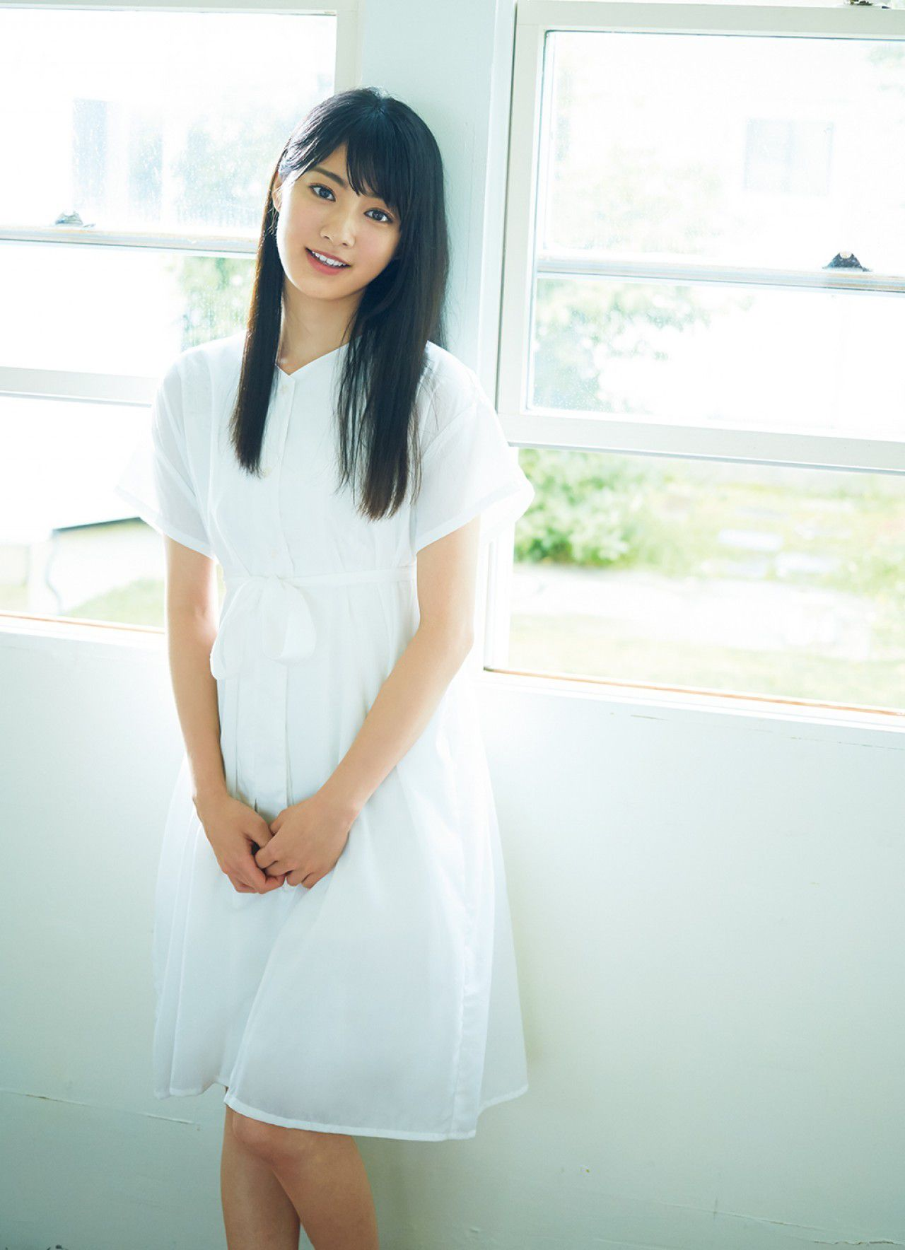 Yasuko Koga, a pure and innocent girl from The Last Idol001