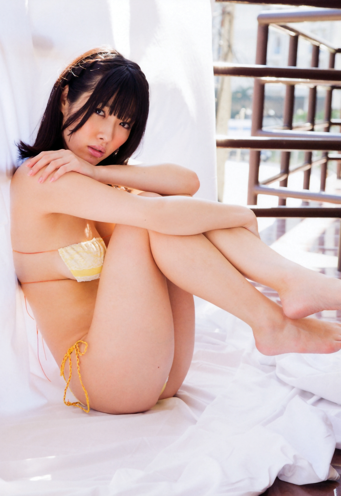 Its soft and makes you want to touch it Anna Konno 054