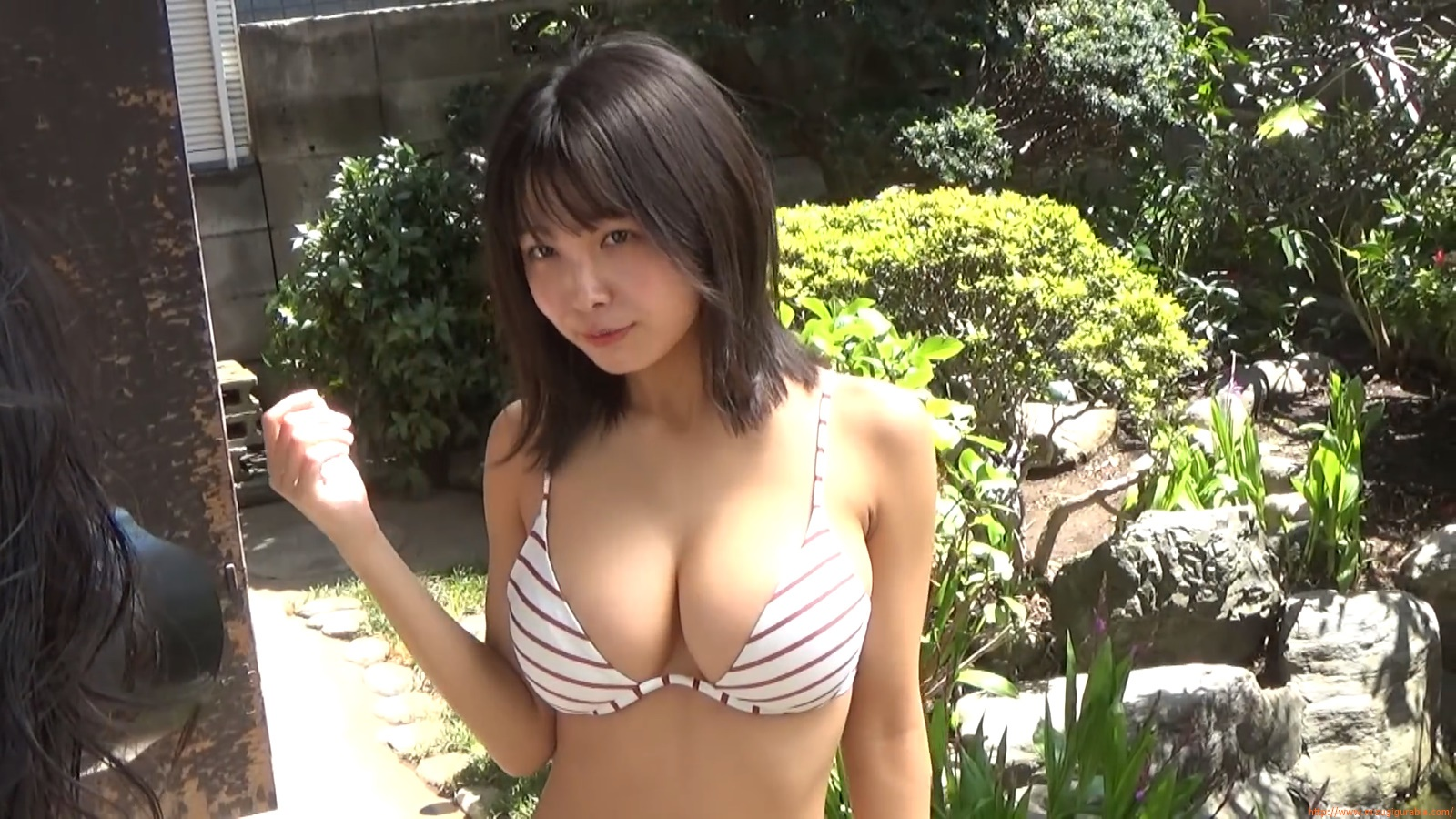 The gravure that makes all Japan cheer up Rio Teramoto 001