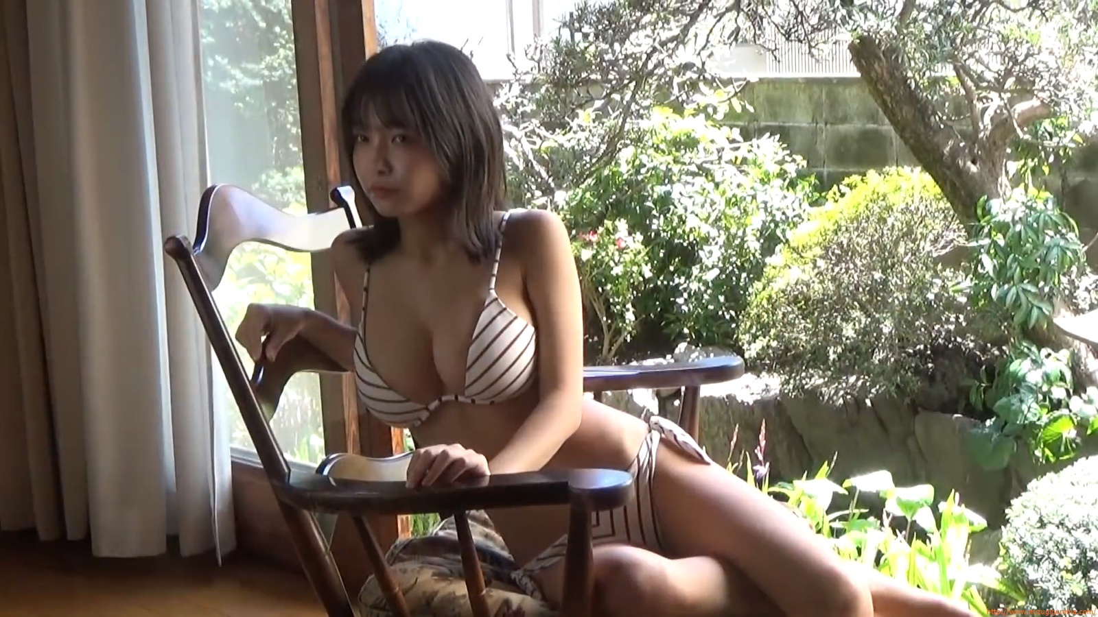 The gravure that makes all Japan cheer up Rio Teramoto 008
