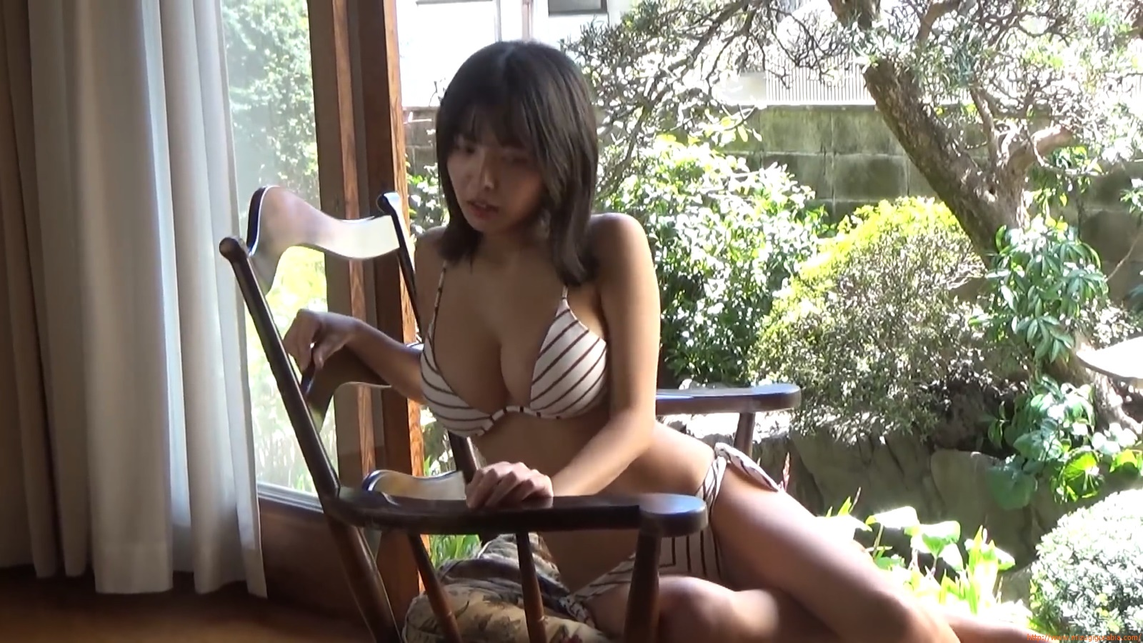 The gravure that makes all Japan cheer up Rio Teramoto 015