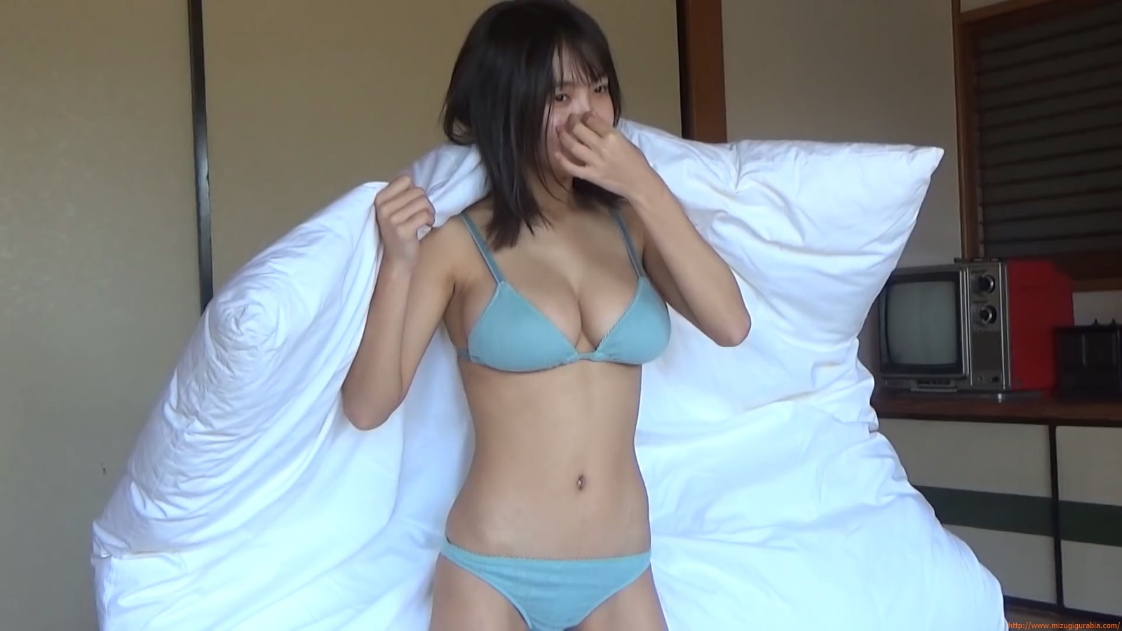 The gravure that makes all Japan cheer up Rio Teramoto 030