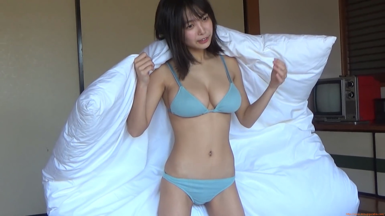 The gravure that makes all Japan cheer up Rio Teramoto 031