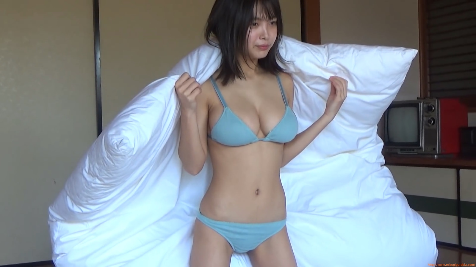 The gravure that makes all Japan cheer up Rio Teramoto 033