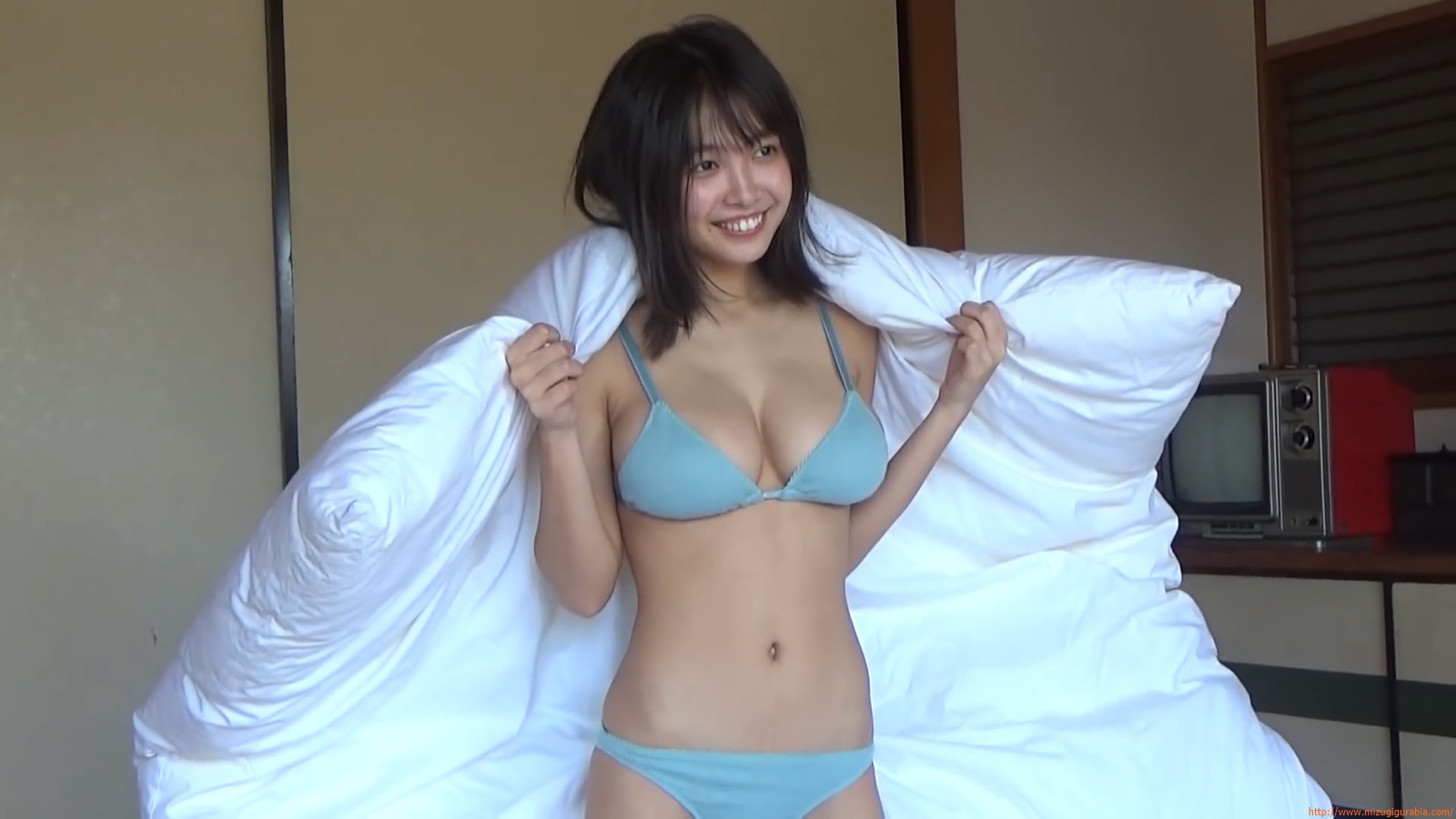 The gravure that makes all Japan cheer up Rio Teramoto 035