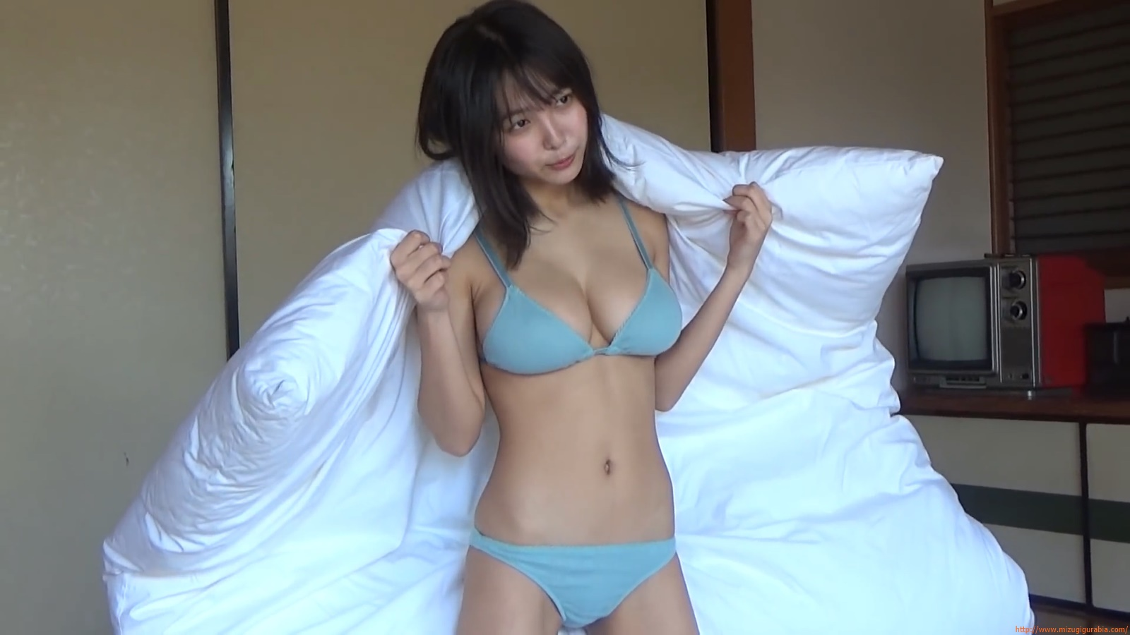 The gravure that makes all Japan cheer up Rio Teramoto 036