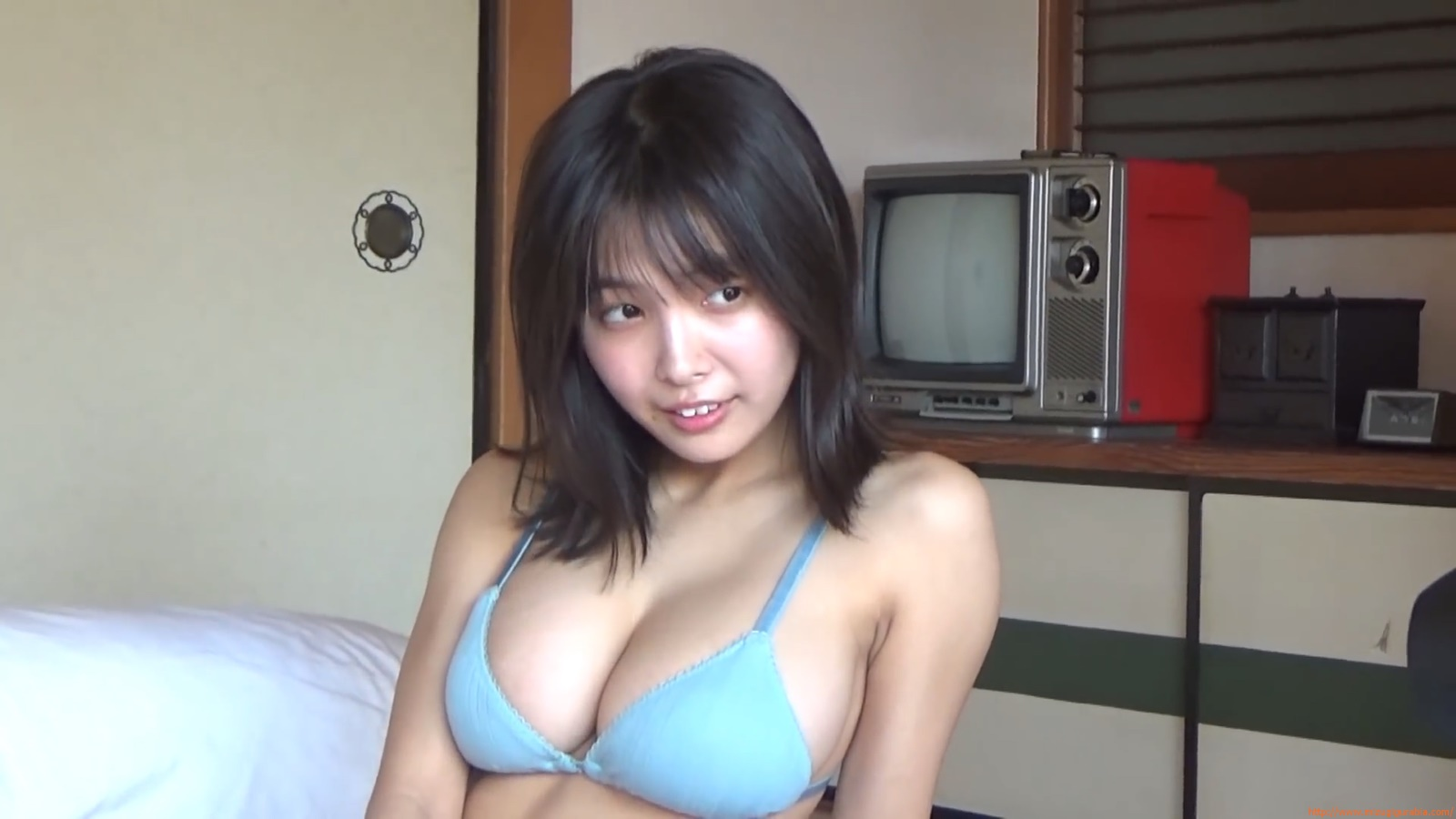 The gravure that makes all Japan cheer up Rio Teramoto 041