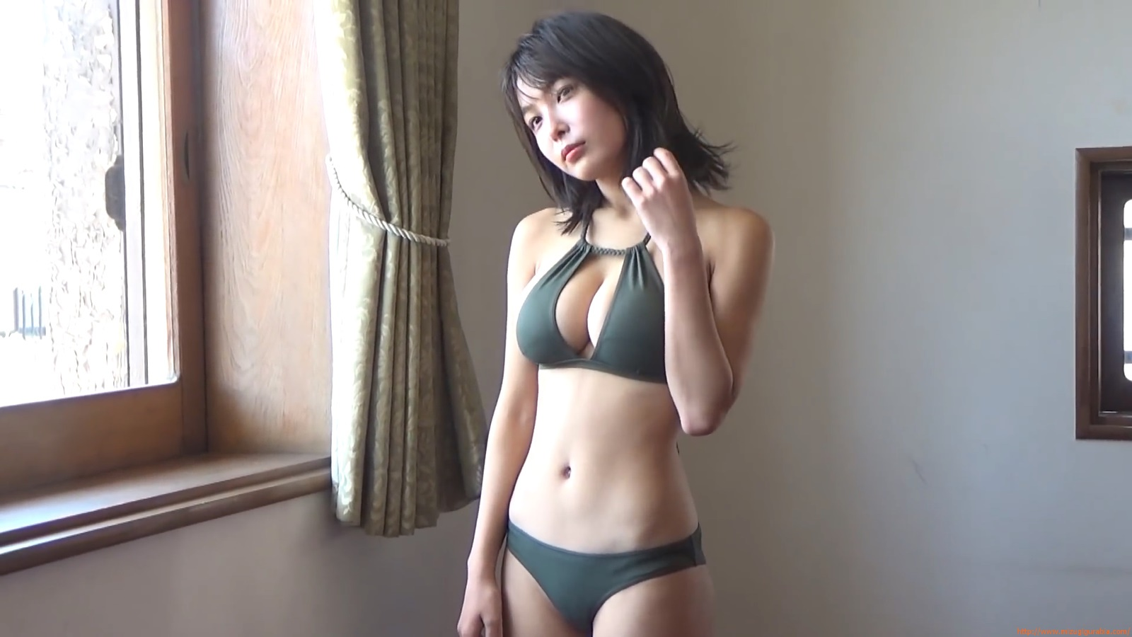 The gravure that makes all Japan cheer up Rio Teramoto 052