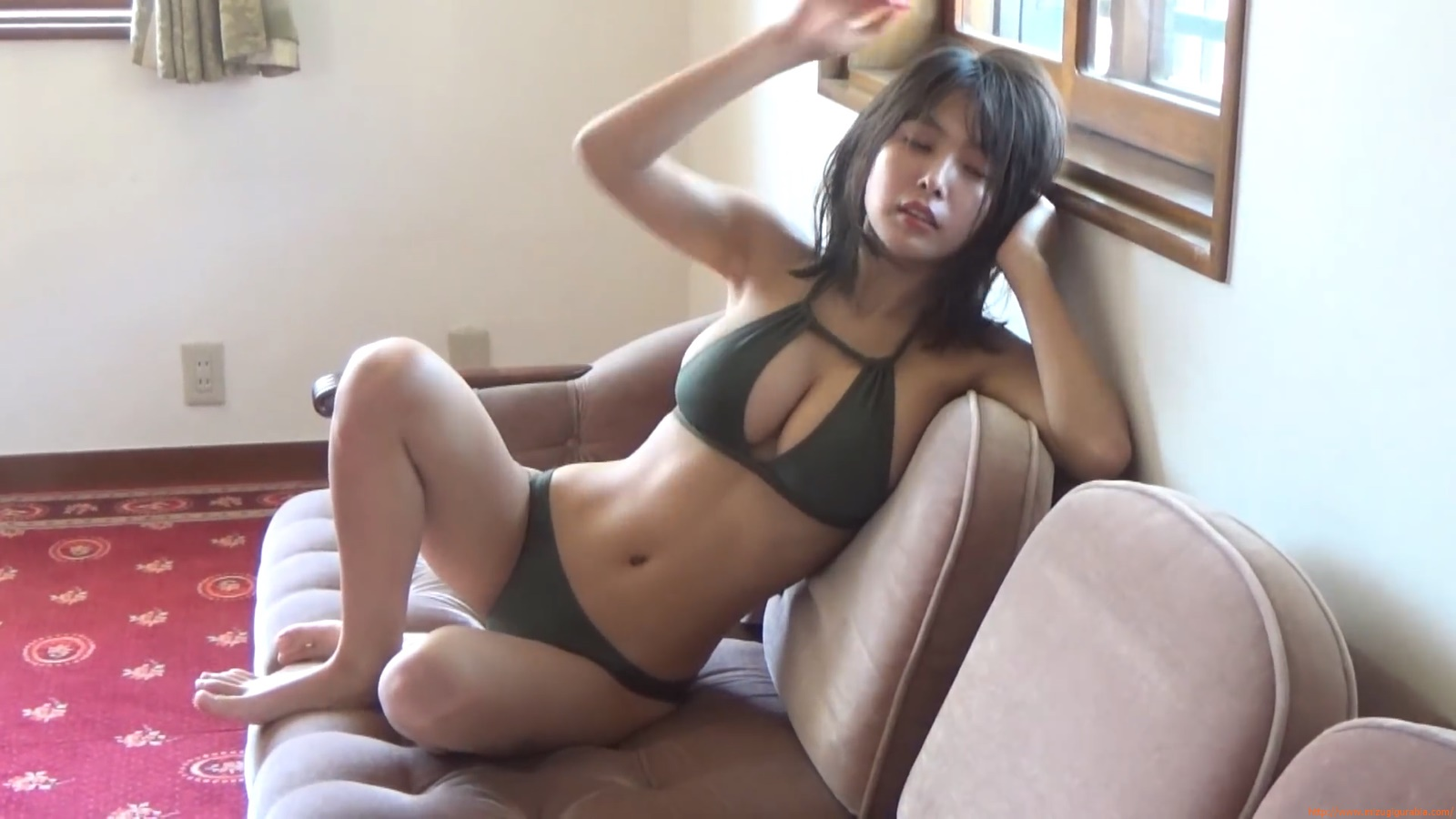 The gravure that makes all Japan cheer up Rio Teramoto 071