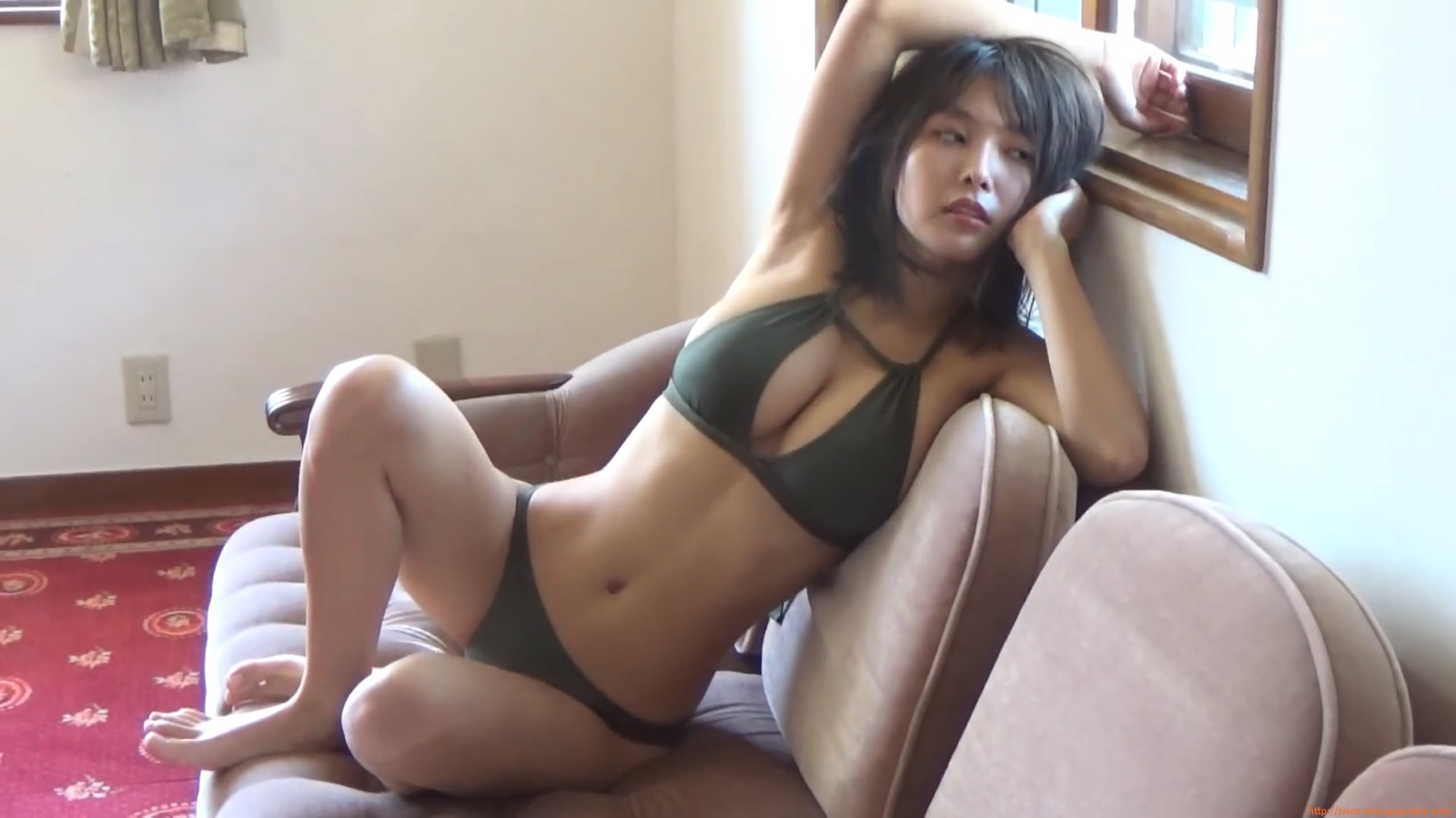 The gravure that makes all Japan cheer up Rio Teramoto 075