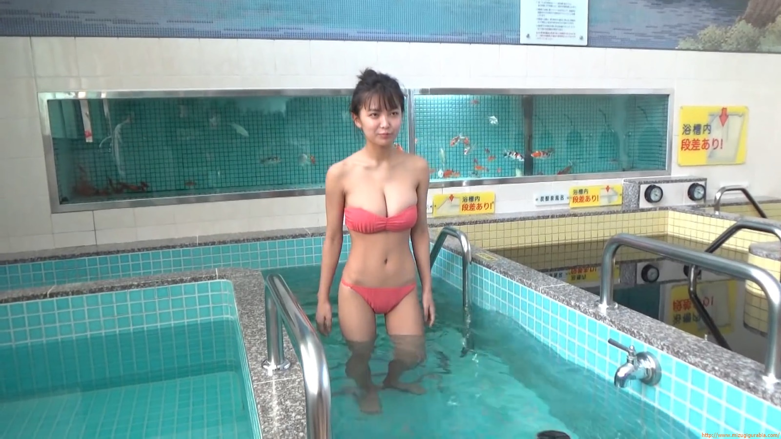 The gravure that makes all Japan cheer up Rio Teramoto 086