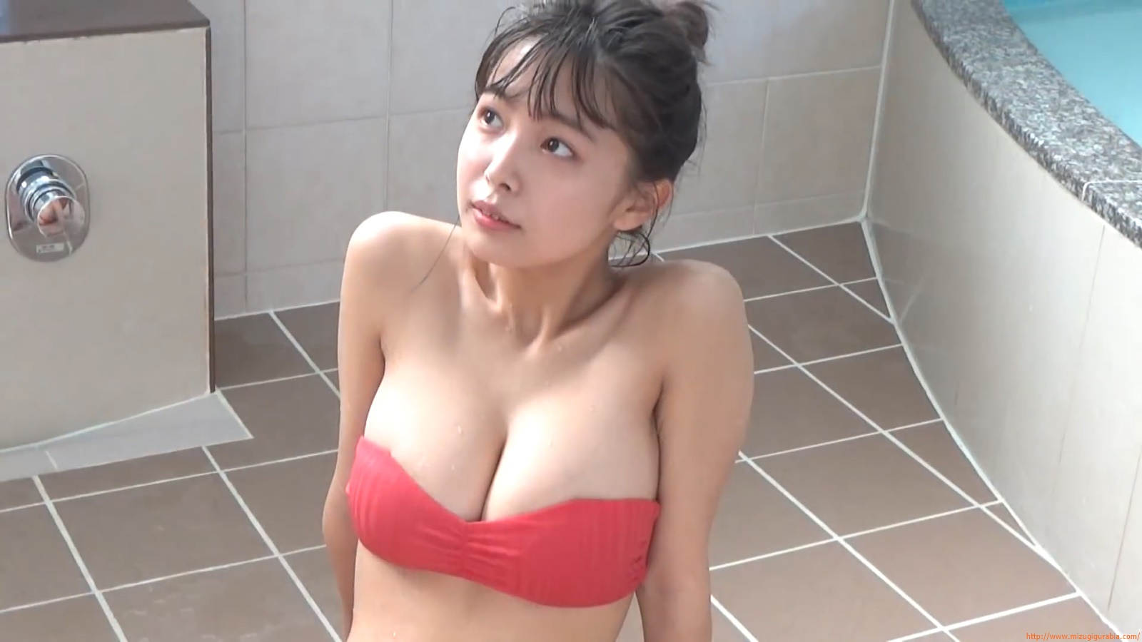 The gravure that makes all Japan cheer up Rio Teramoto 091