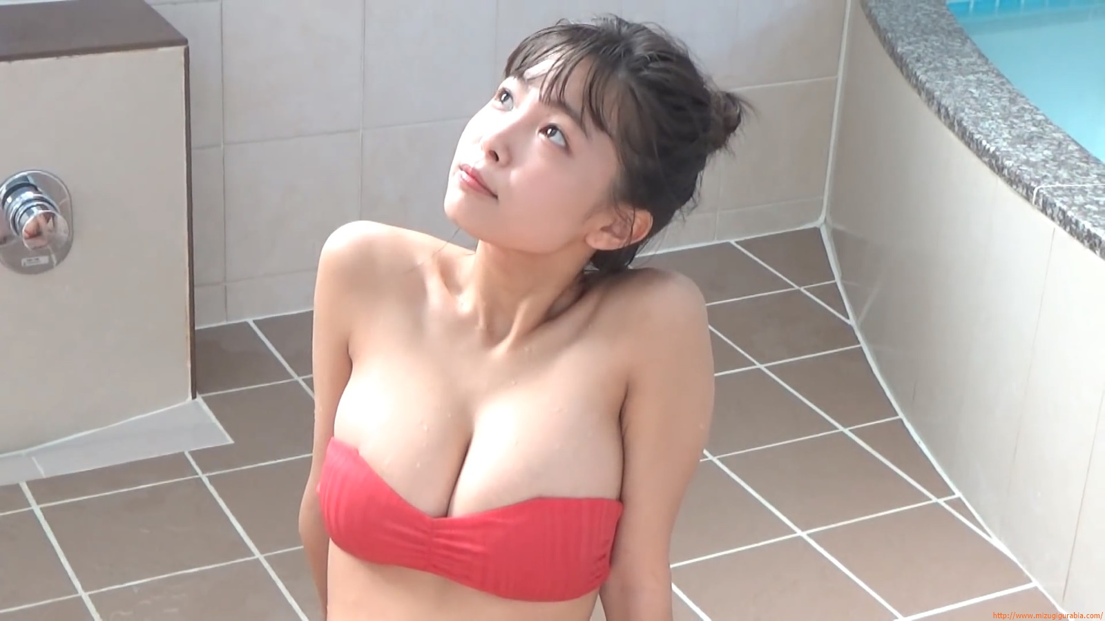 The gravure that makes all Japan cheer up Rio Teramoto 093