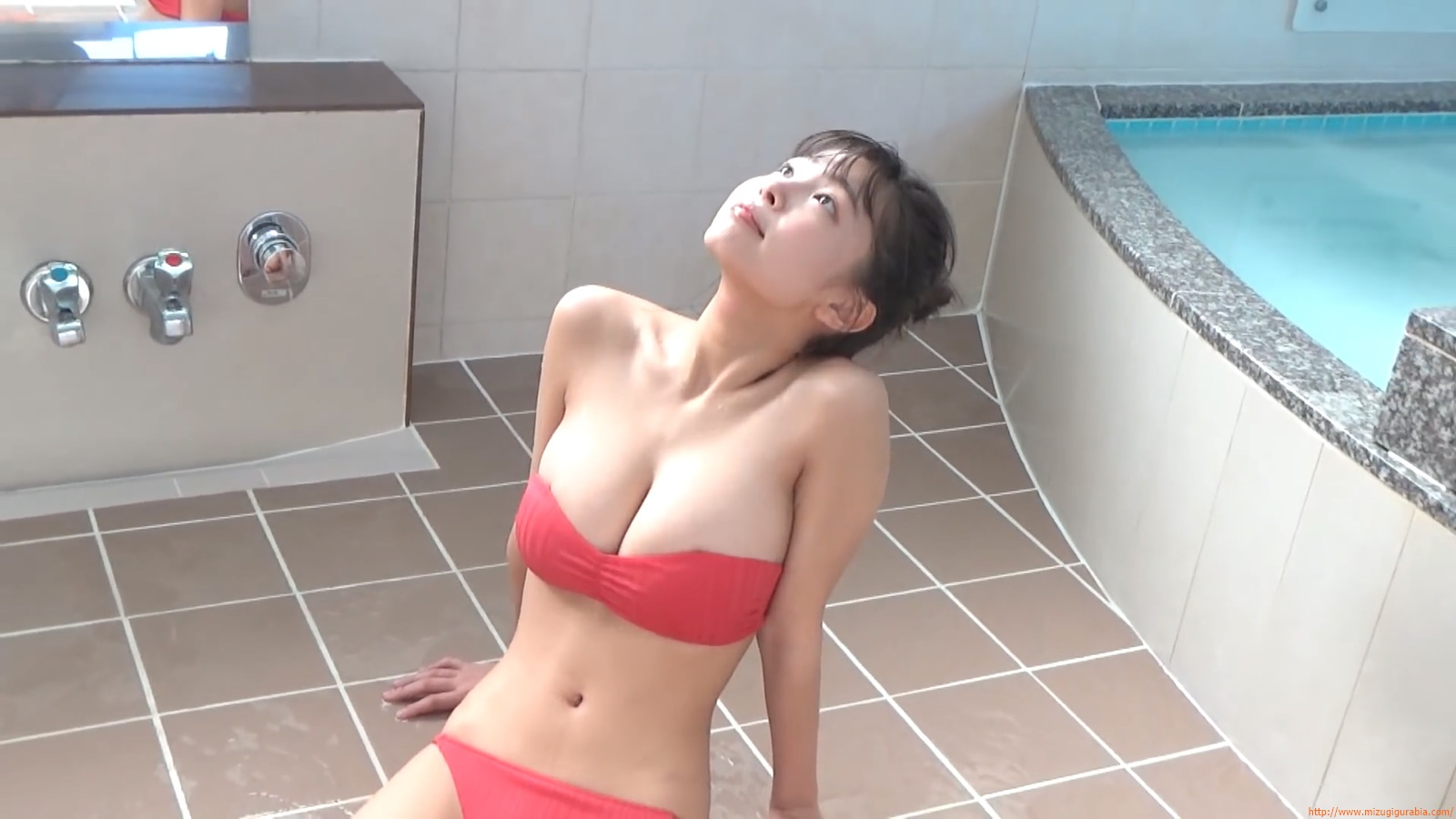 The gravure that makes all Japan cheer up Rio Teramoto 097