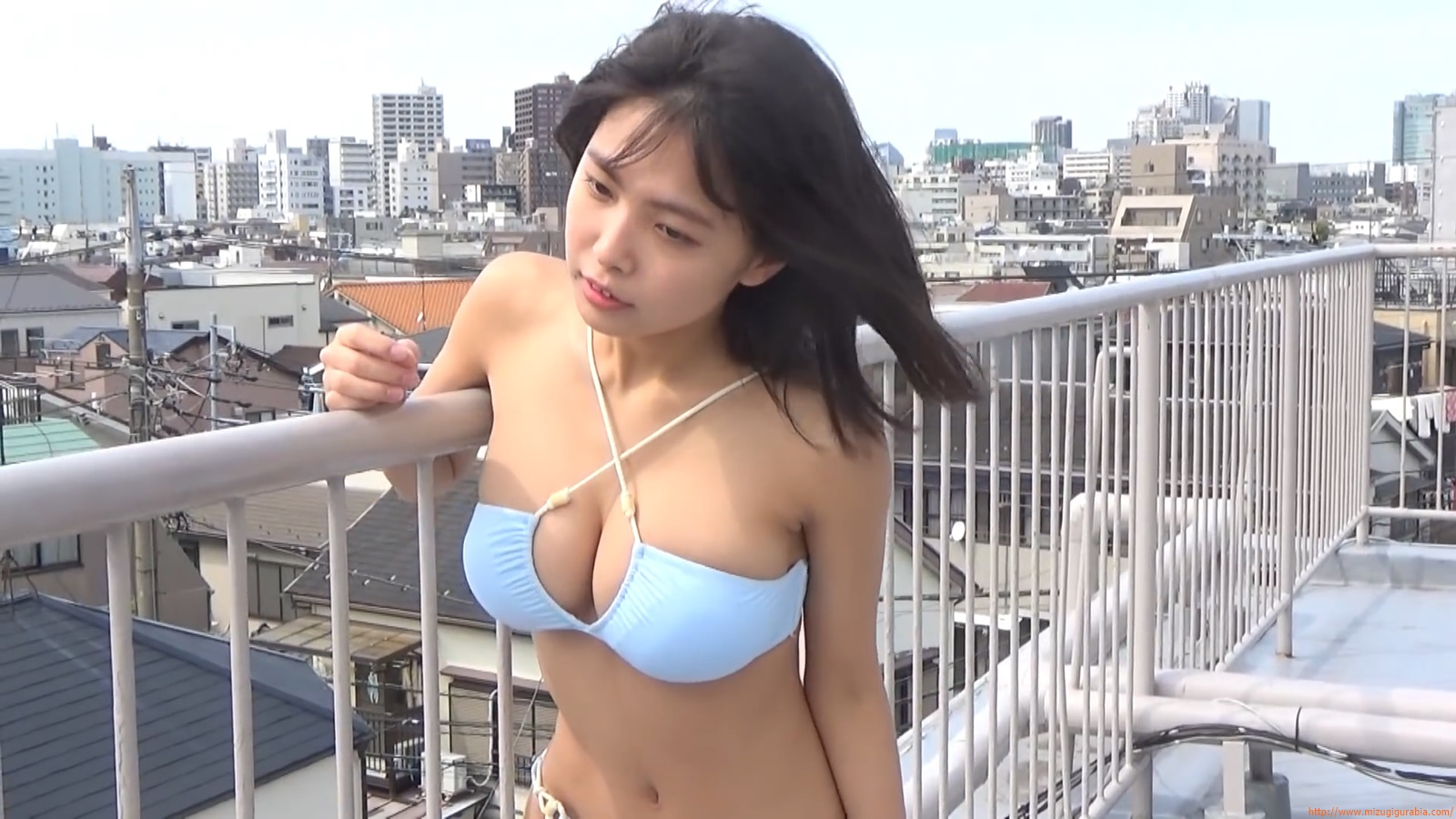 The gravure that makes all Japan cheer up Rio Teramoto 110