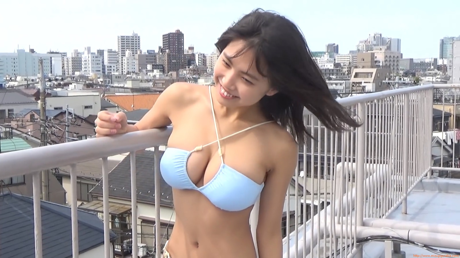 The gravure that makes all Japan cheer up Rio Teramoto 111