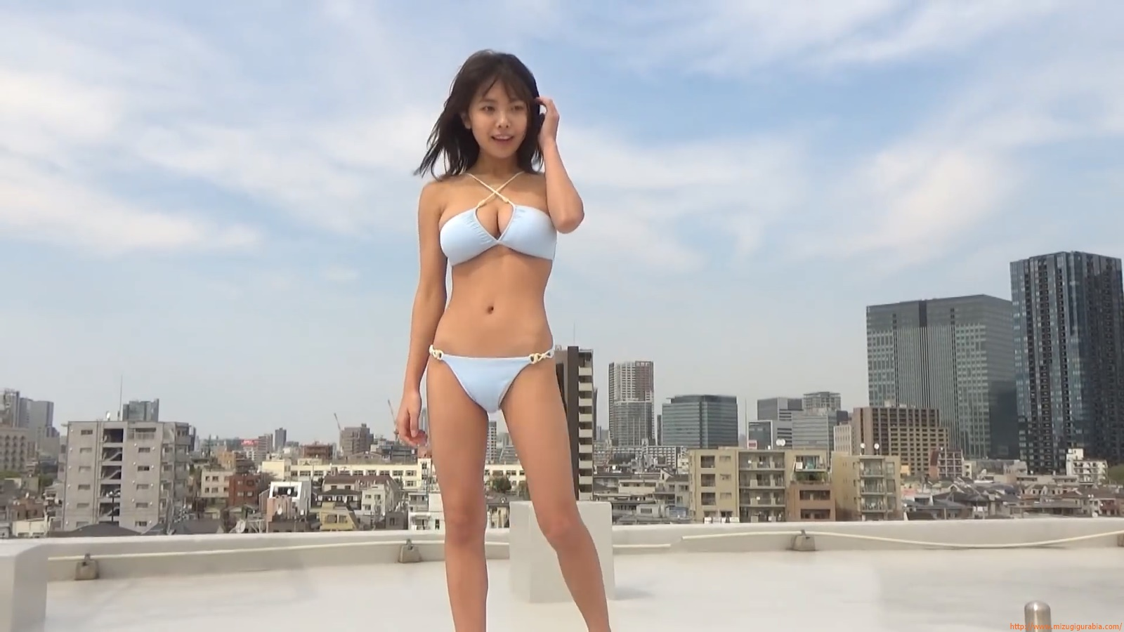 The gravure that makes all Japan cheer up Rio Teramoto 118