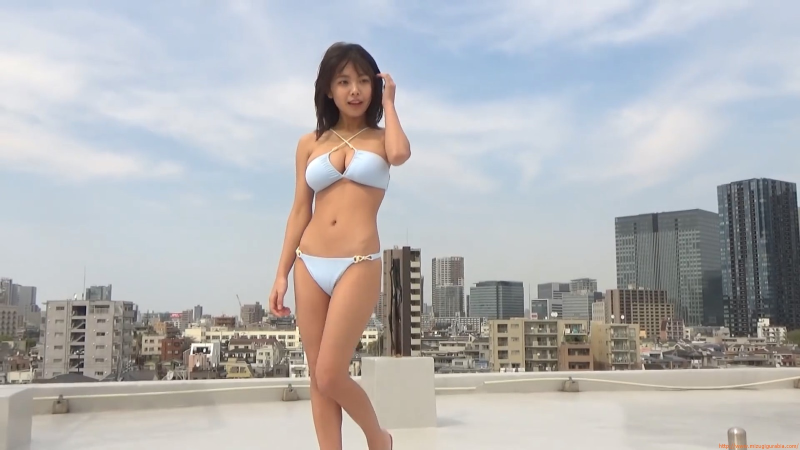 The gravure that makes all Japan cheer up Rio Teramoto 123
