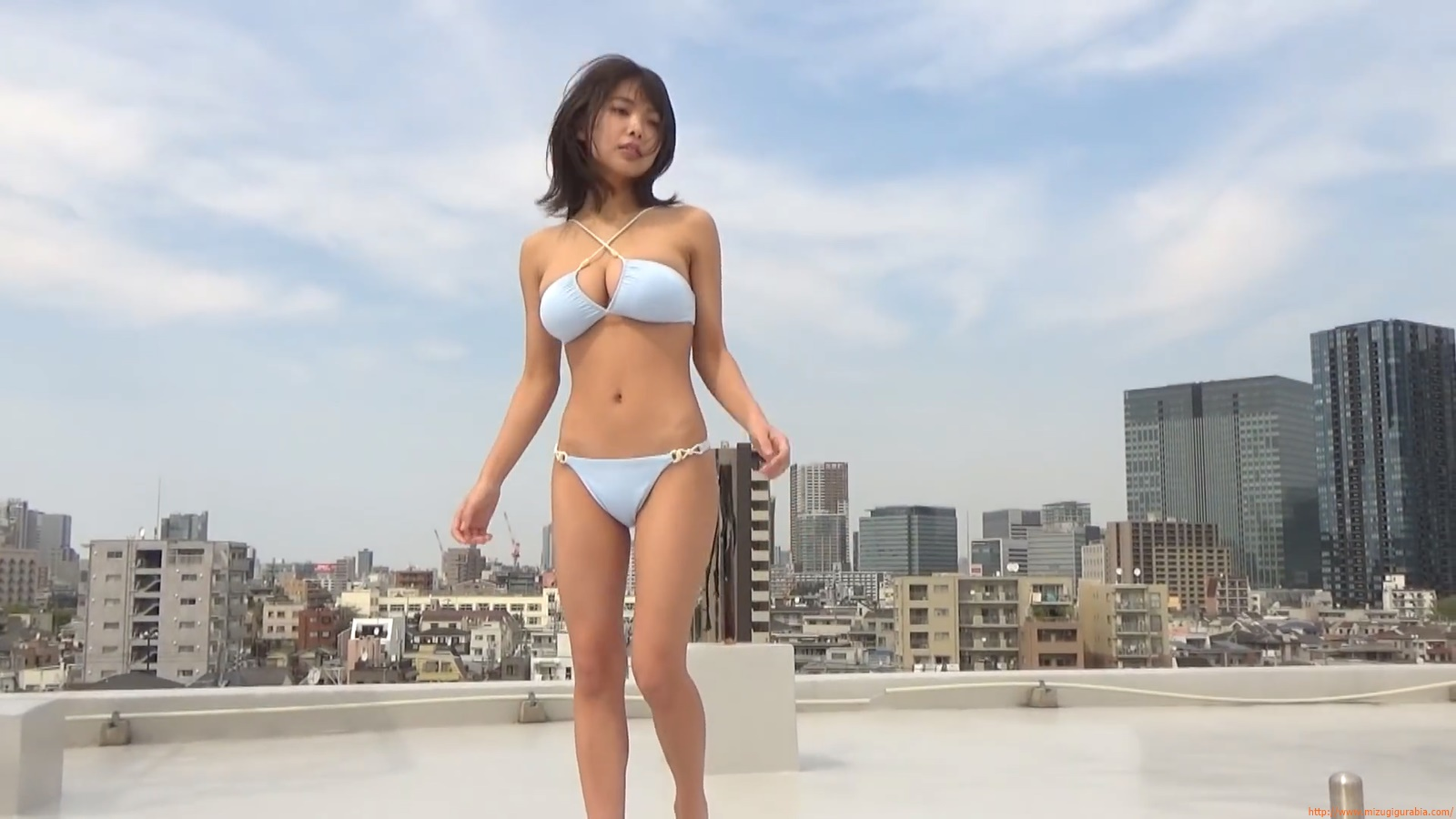 The gravure that makes all Japan cheer up Rio Teramoto 122