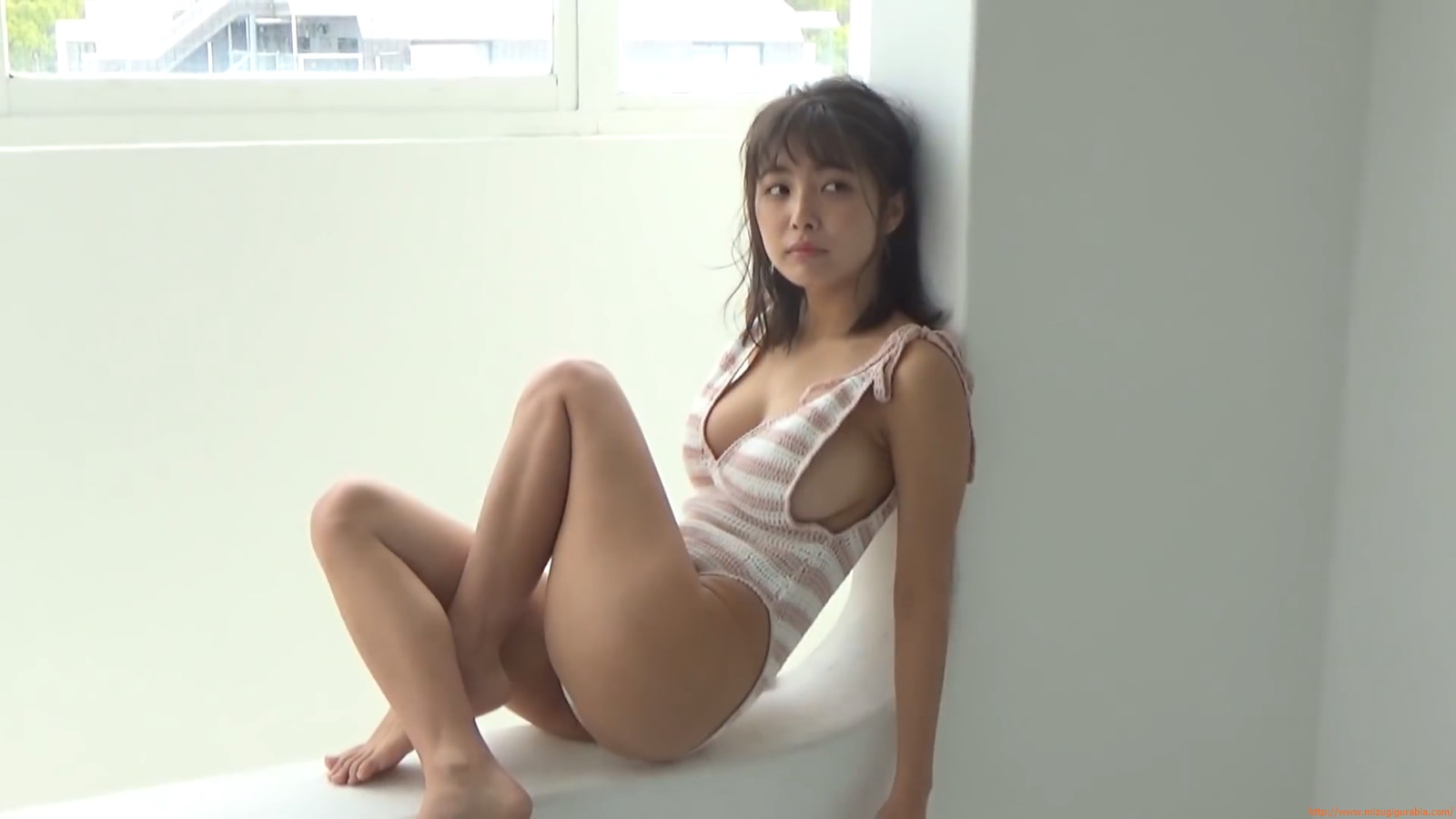 The gravure that makes all Japan cheer up Rio Teramoto 125