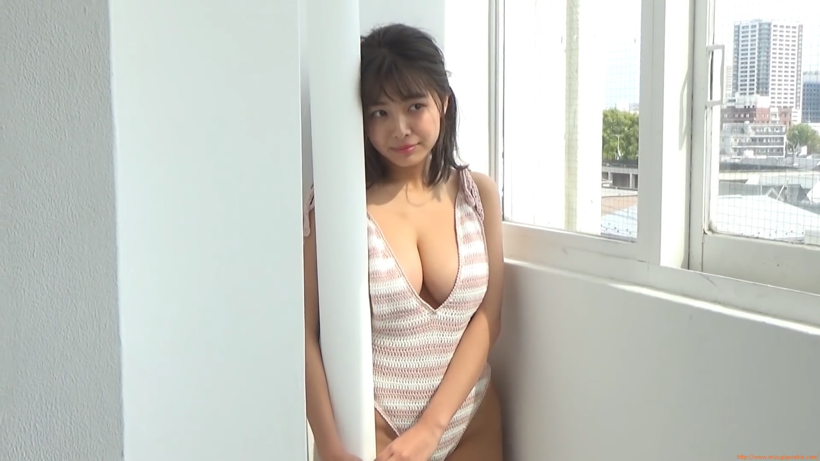 The gravure that makes all Japan cheer up Rio Teramoto 145