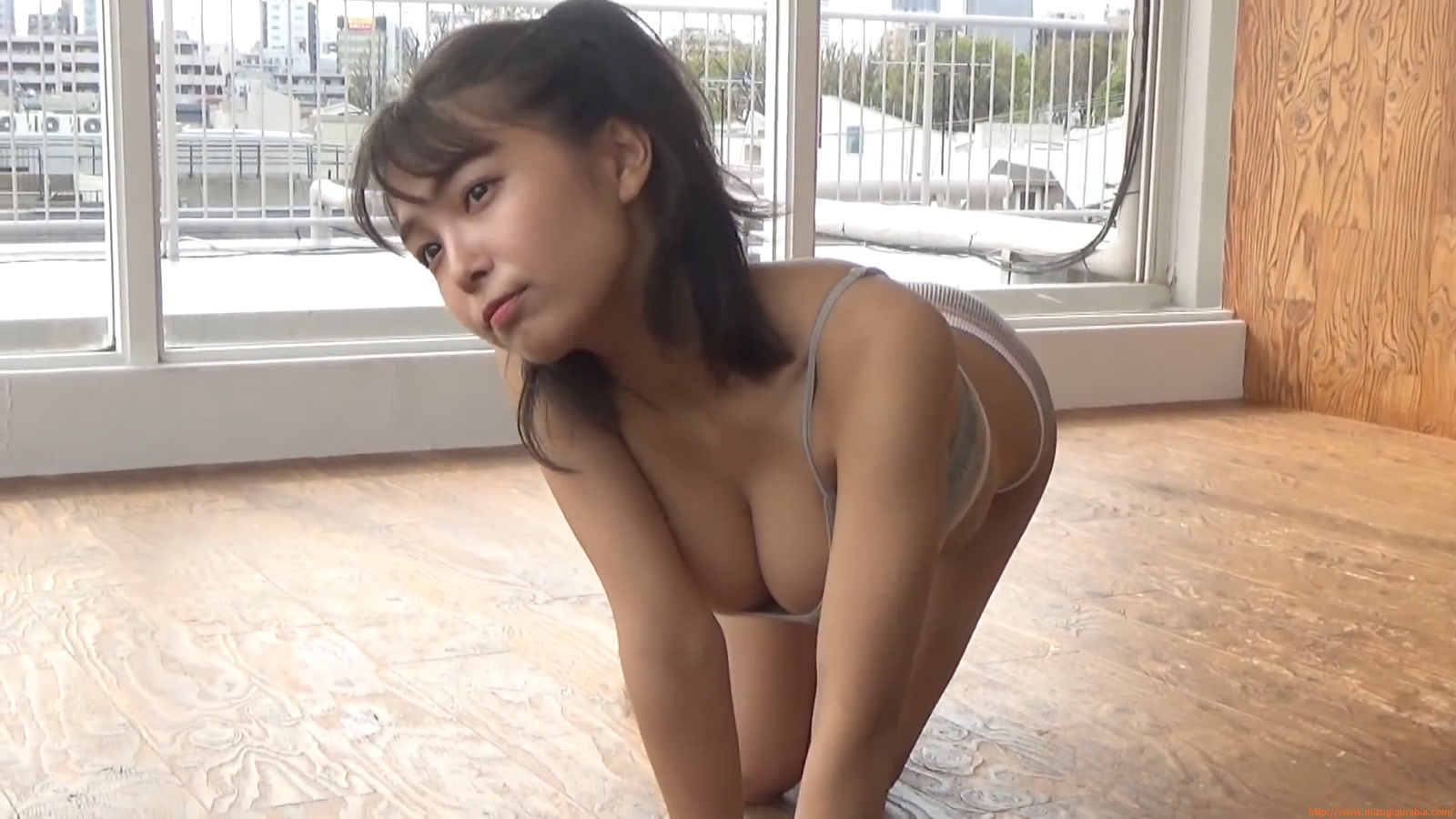 The gravure that makes all Japan cheer up Rio Teramoto 175