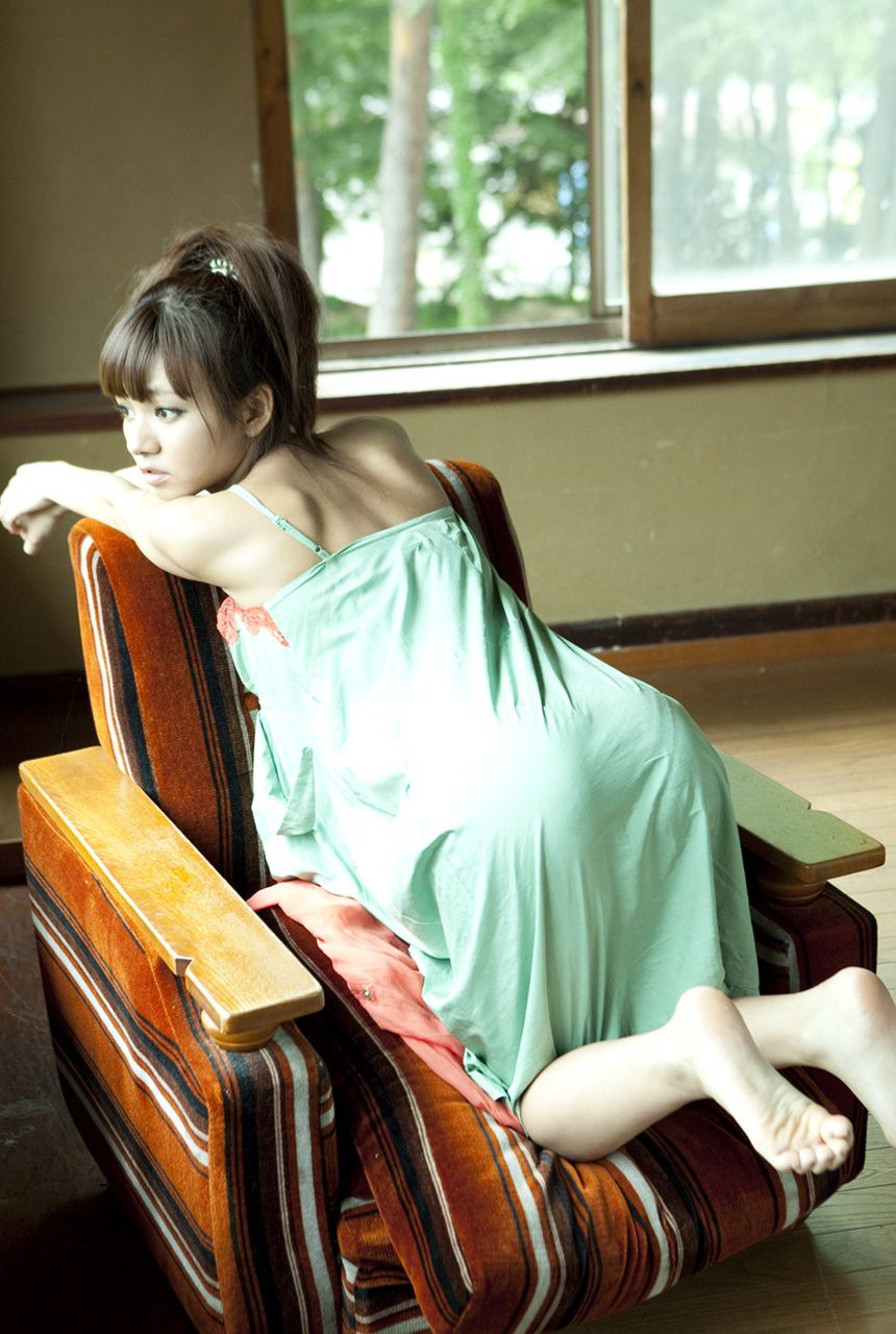 A little bit of a dangerous temptation to be misled by Kiho Niwa037