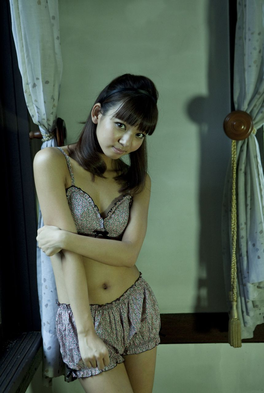 A little bit of a dangerous temptation to be misled by Kiho Niwa053