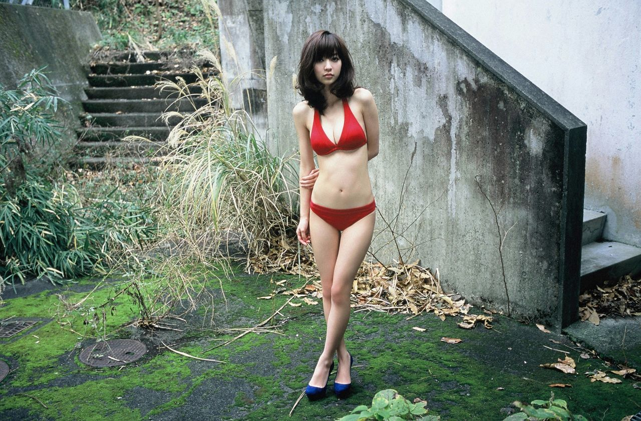 A little bit of a dangerous temptation to be misled by Kiho Niwa025