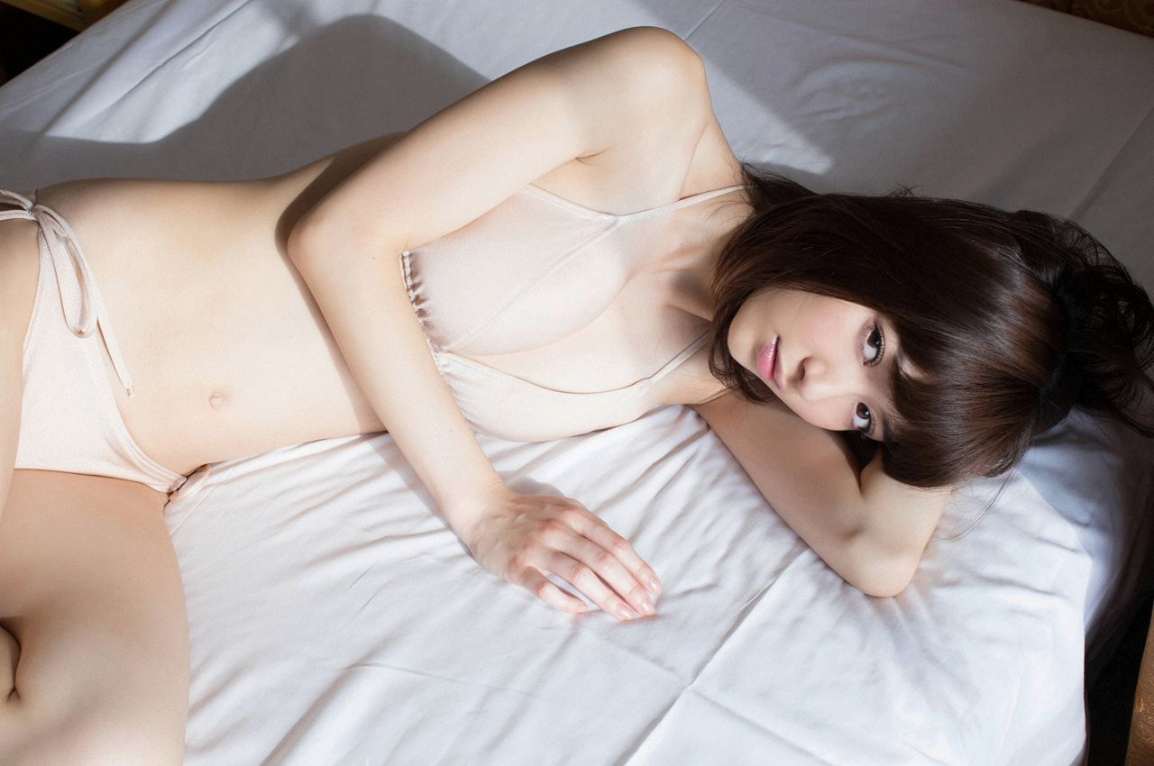 A little bit of a dangerous temptation to be misled by Kiho Niwa046