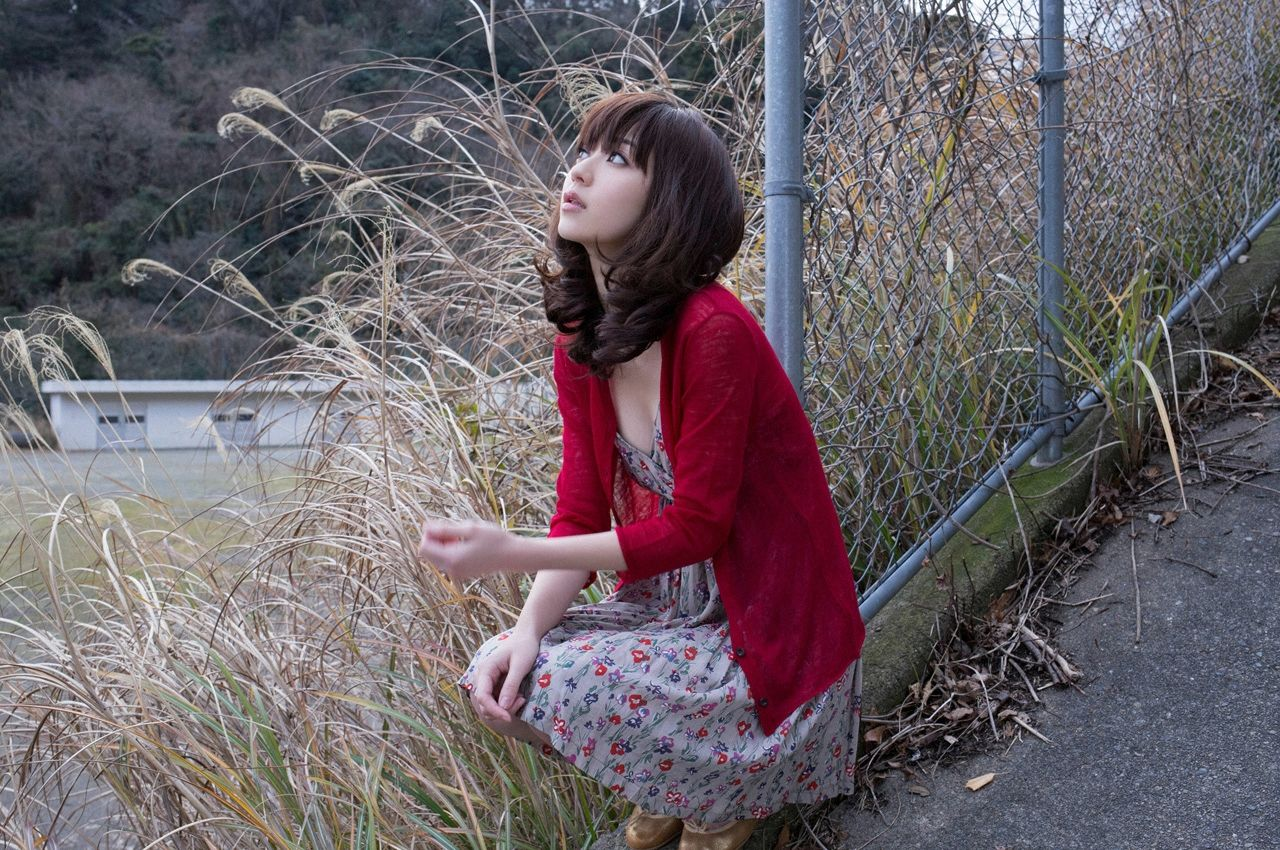 A little bit of a dangerous temptation to be misled by Kiho Niwa084