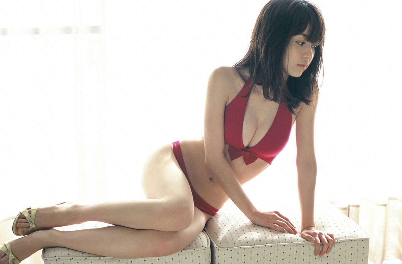 A little bit of a dangerous temptation to be misled by Kiho Niwa096