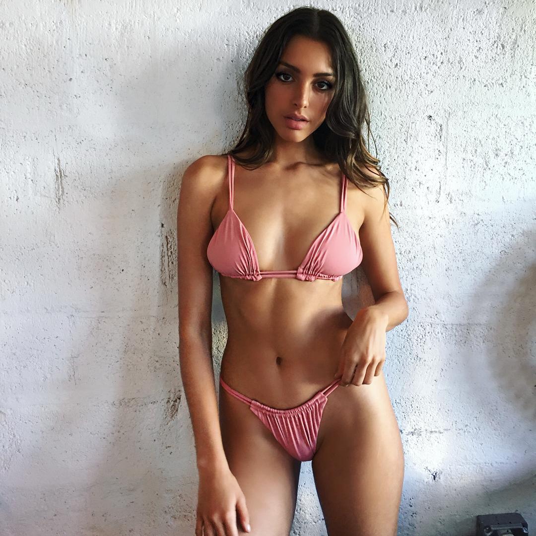 Too beautiful American model Celine Farrakhan040