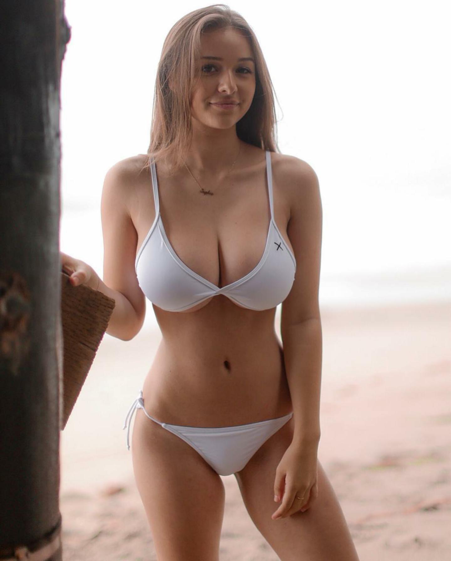 Sophie Mudd002