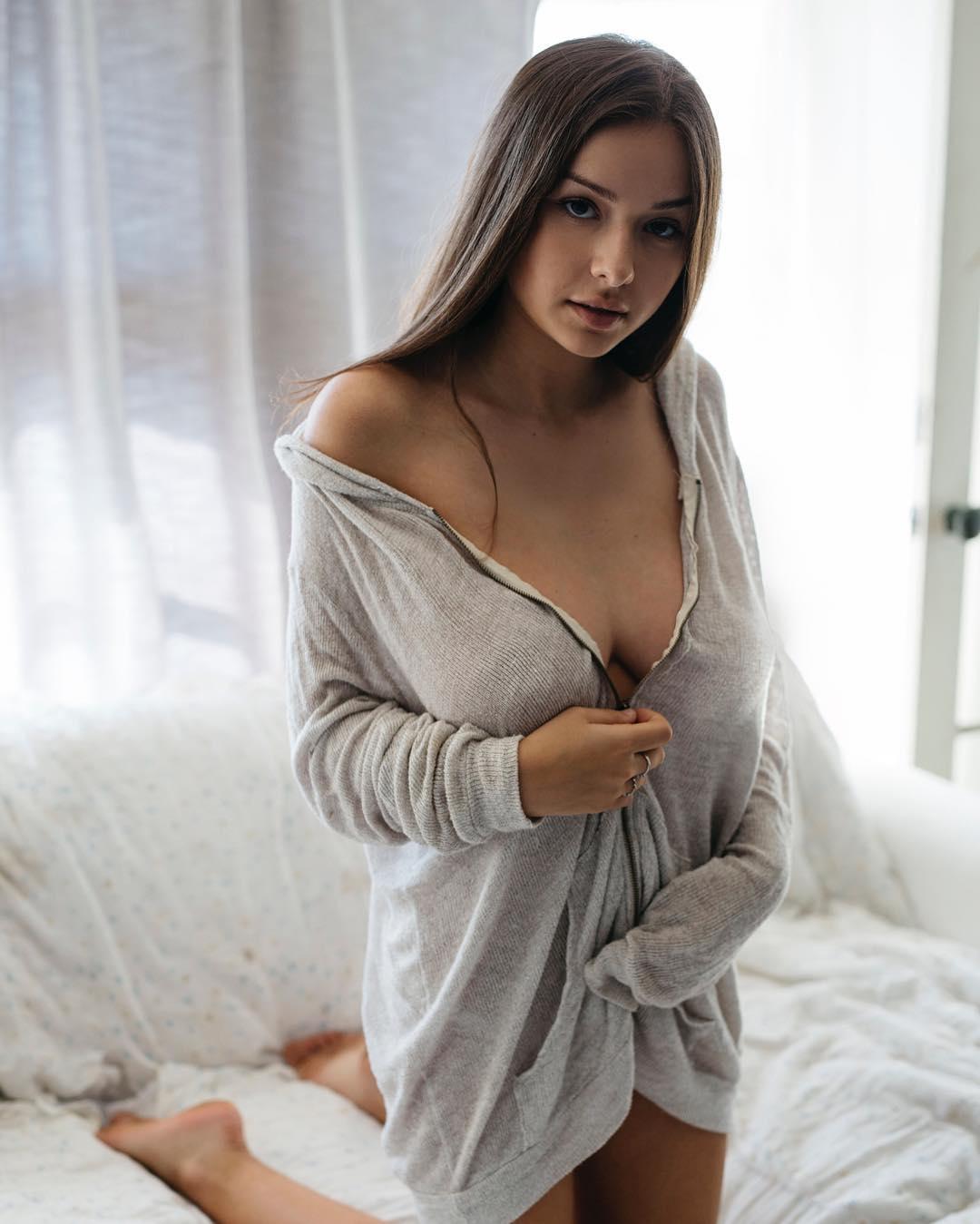 Sophie Mudd028