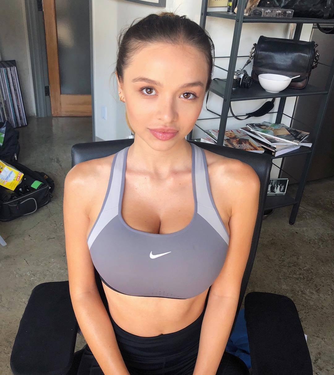 USA Model Beautiful Instagrammer Sophie Mudd011