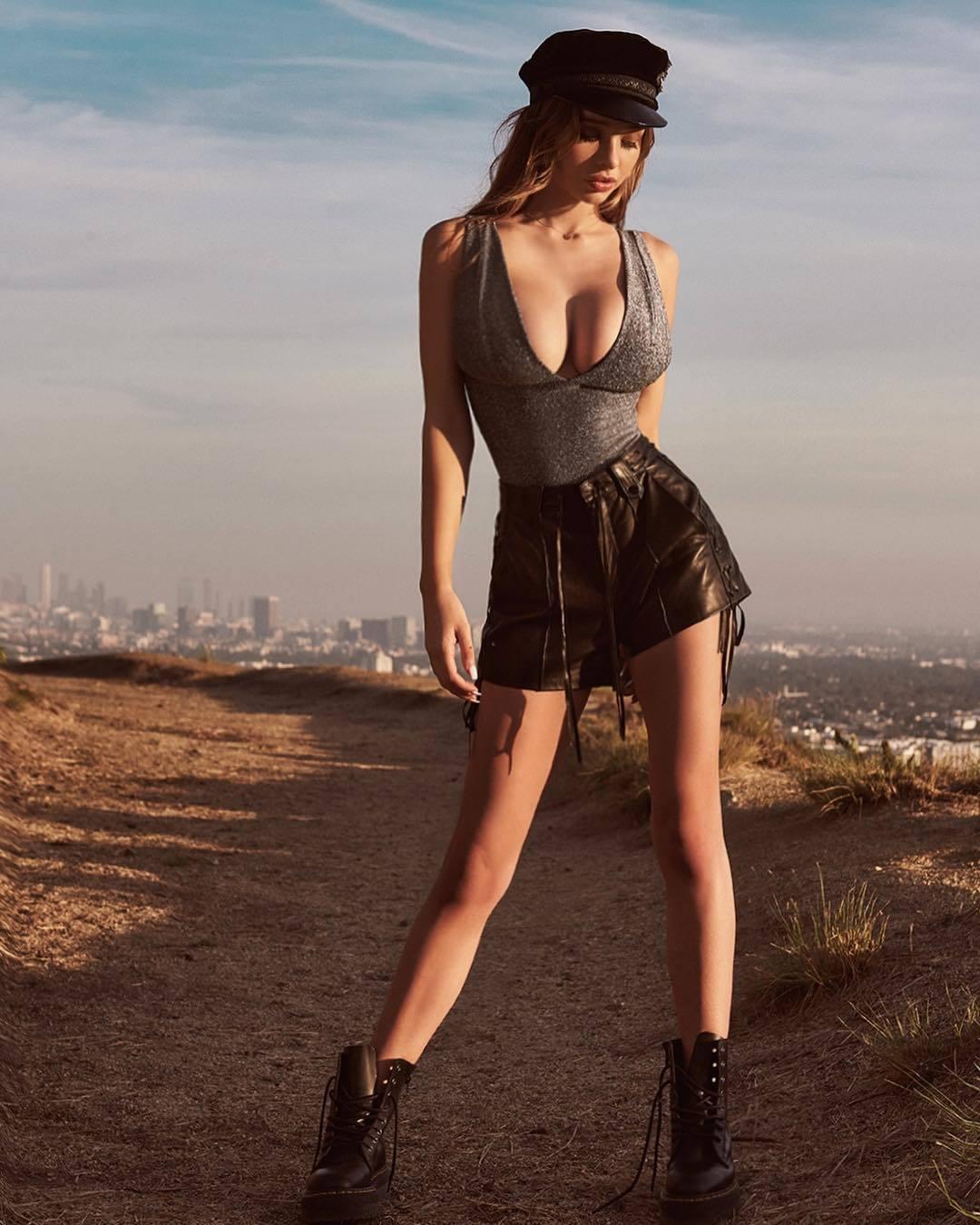 USA Model Beautiful Instagrammer Sophie Mudd020
