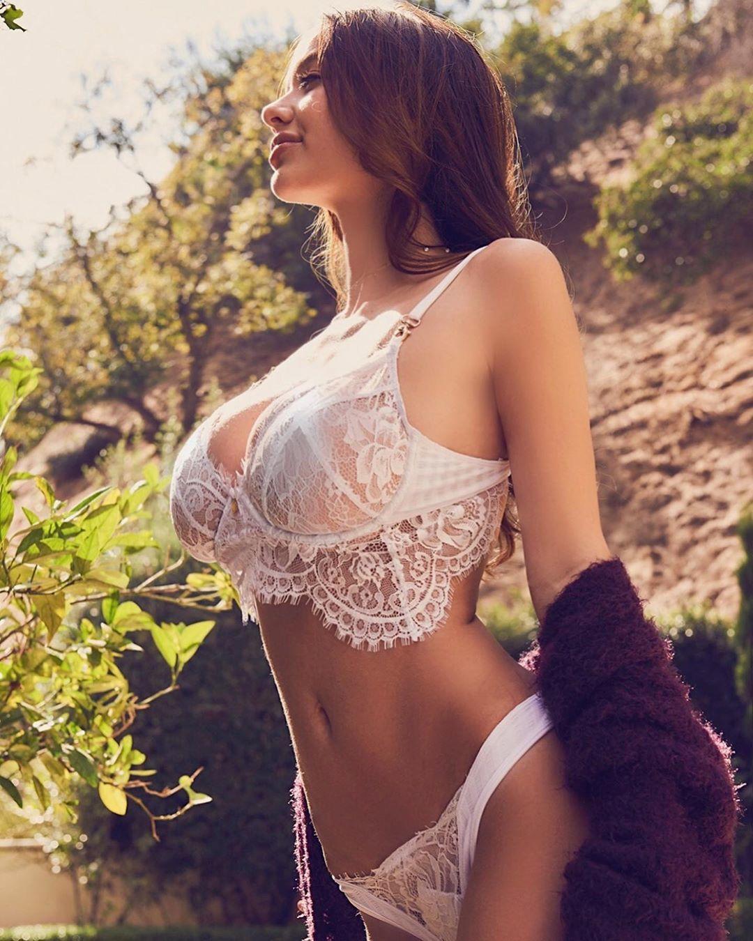 USA Model Beautiful Instagrammer Sophie Mudd048