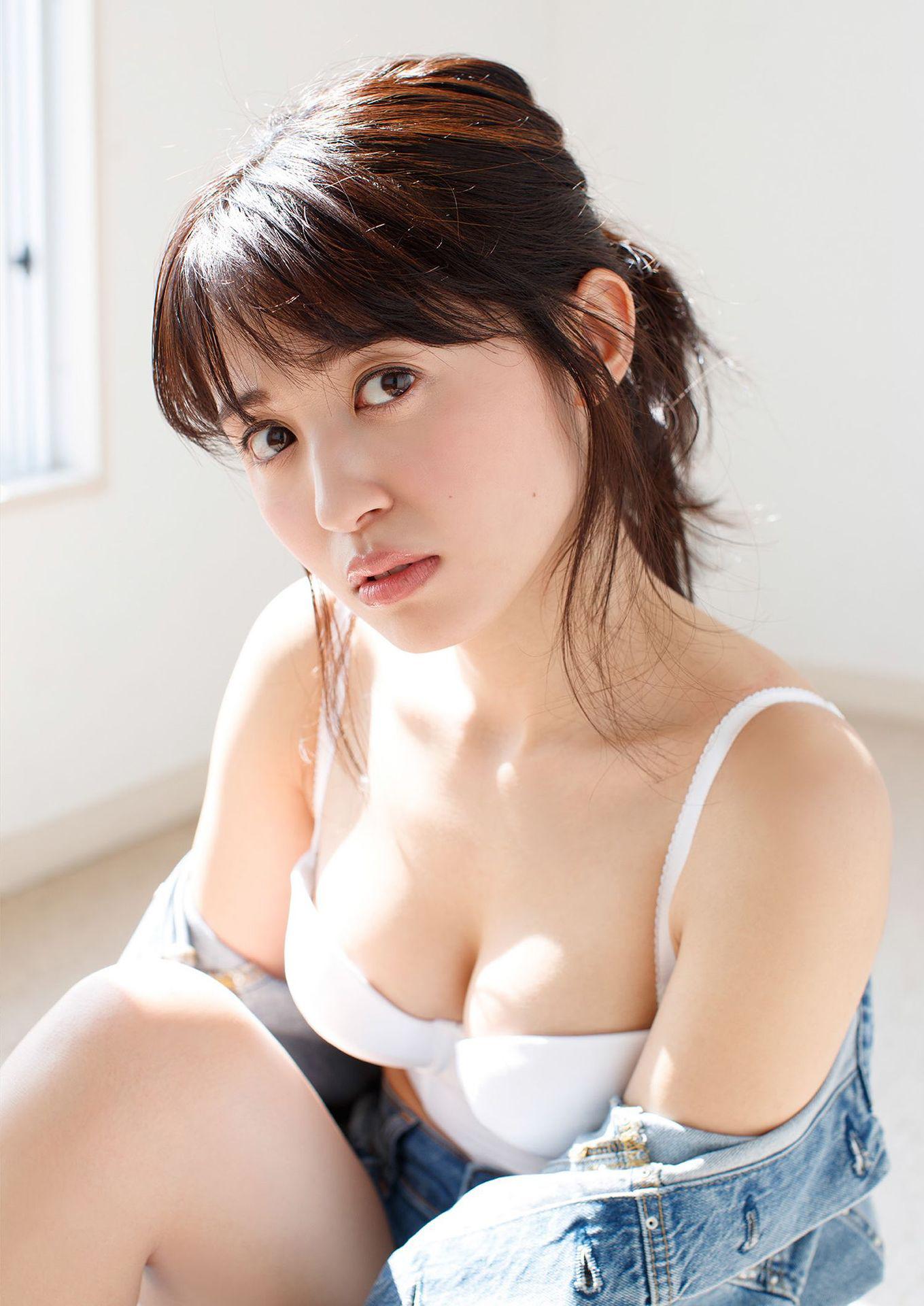 Voice actor Rikako Oita023