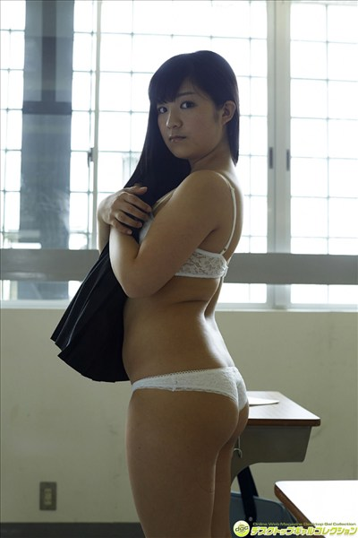 Japanese orthodox uniformed beauty014